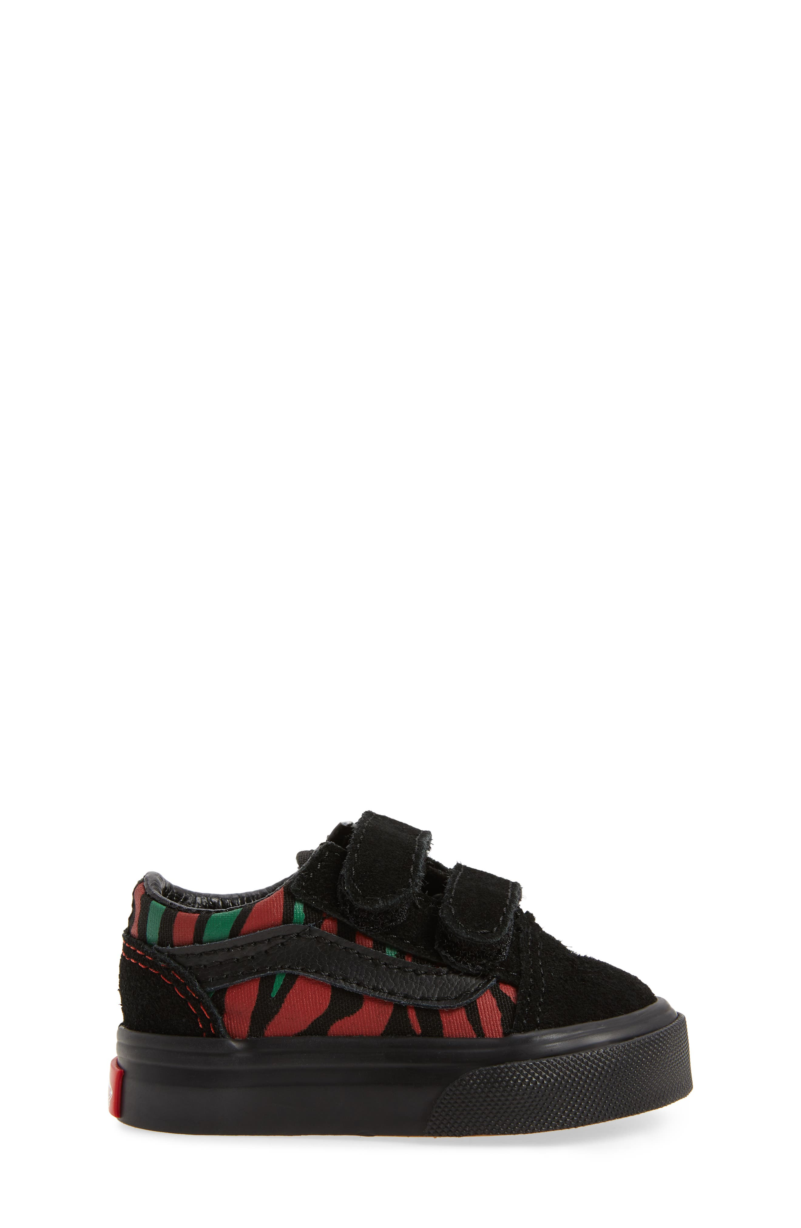 Old Skool V Sneaker,                             Alternate thumbnail 3, color,                             Black