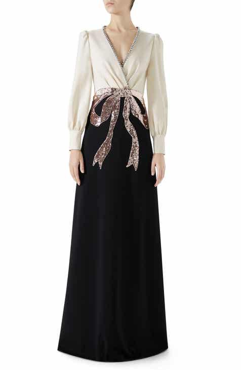 8cf3bc905e6 Gucci Trompe L Oeil Bow Stretch Jersey Gown