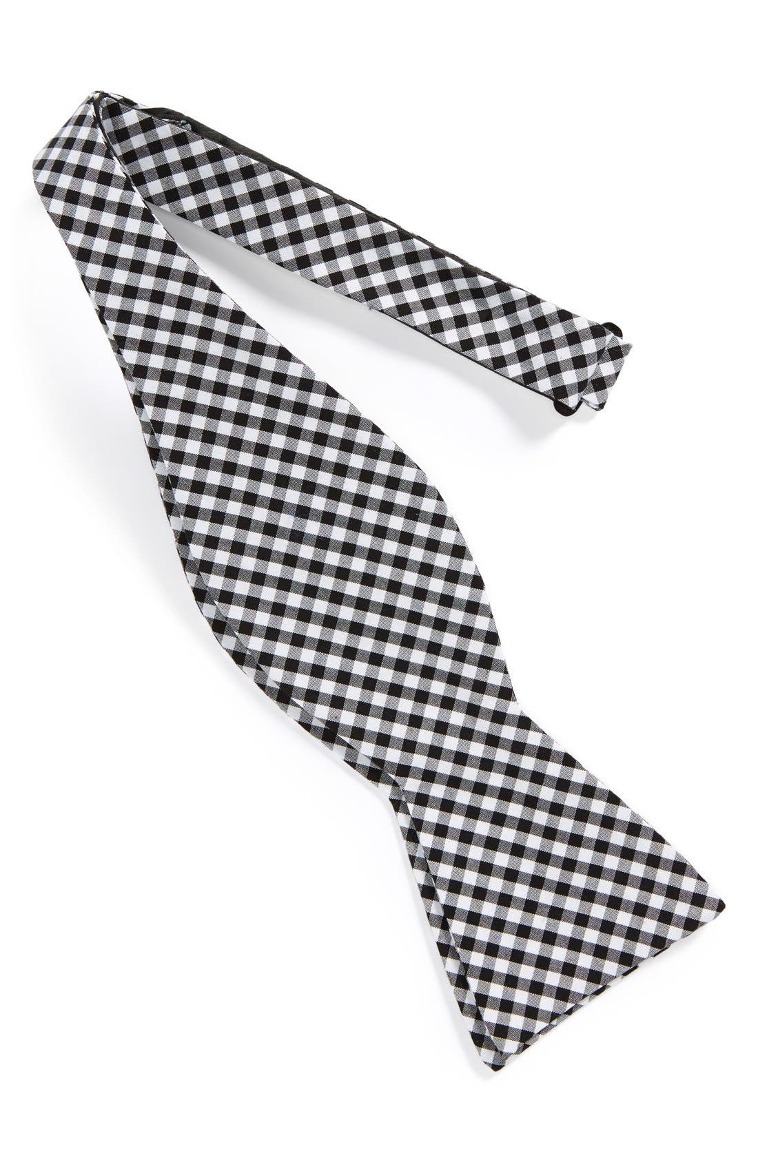 Alternate Image 2  - The Tie Bar Gingham Cotton Bow Tie (Online Only)