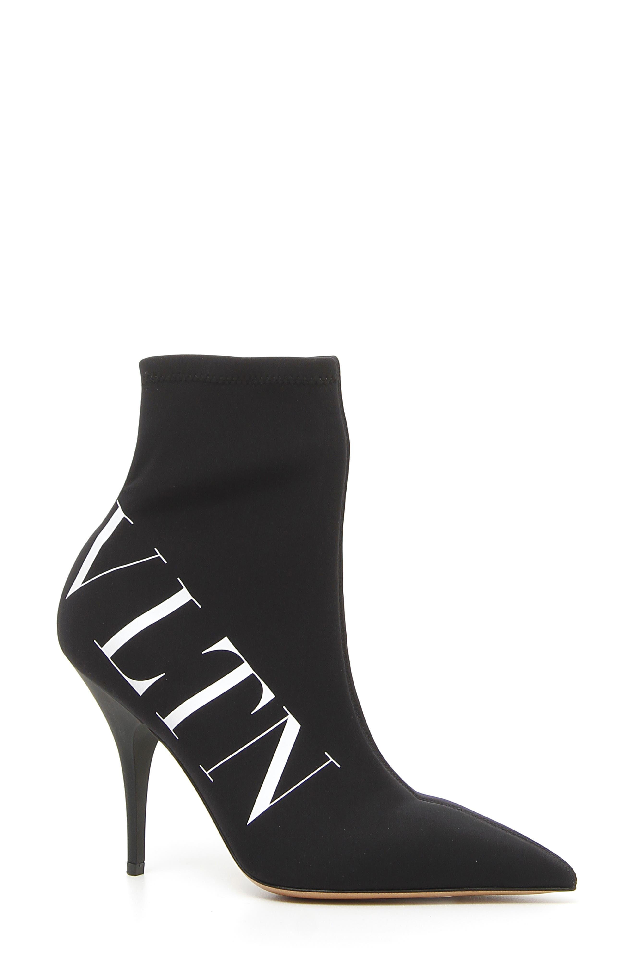 e14fda7a9ad valentino boots