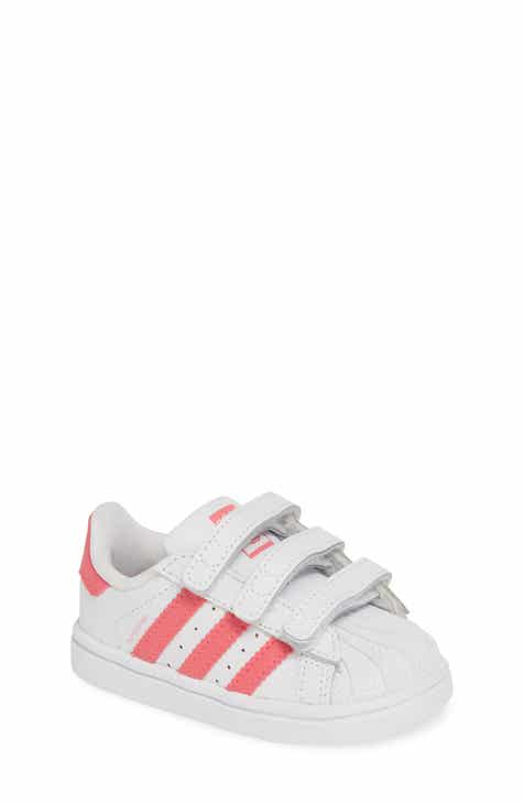 reputable site 4cec5 8672a adidas Superstar Sneaker (Baby, Walker  Toddler)