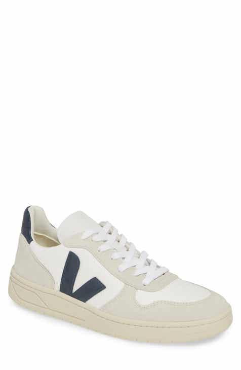 03895f1c5793 Veja V-10 Sneaker (Men)