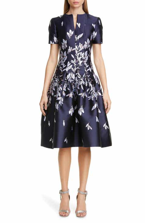f5db281a78a60 Oscar de la Renta Leaves & Berries Jacquard Dress