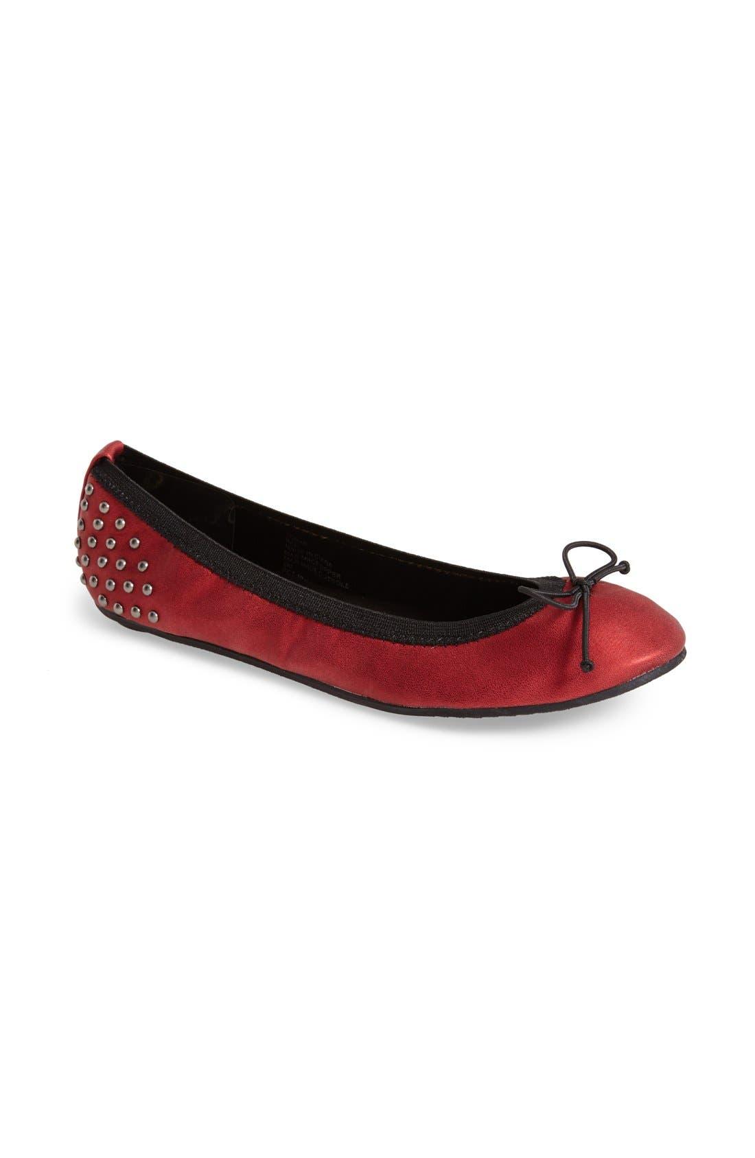 Main Image - Footzyfolds 'Tonya' Foldable Ballet Flat (Women)