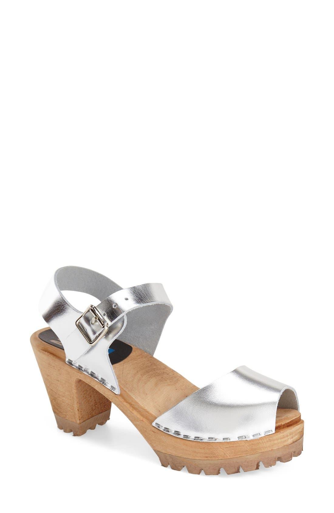 MIA 'Greta' Clog Sandal (Women)