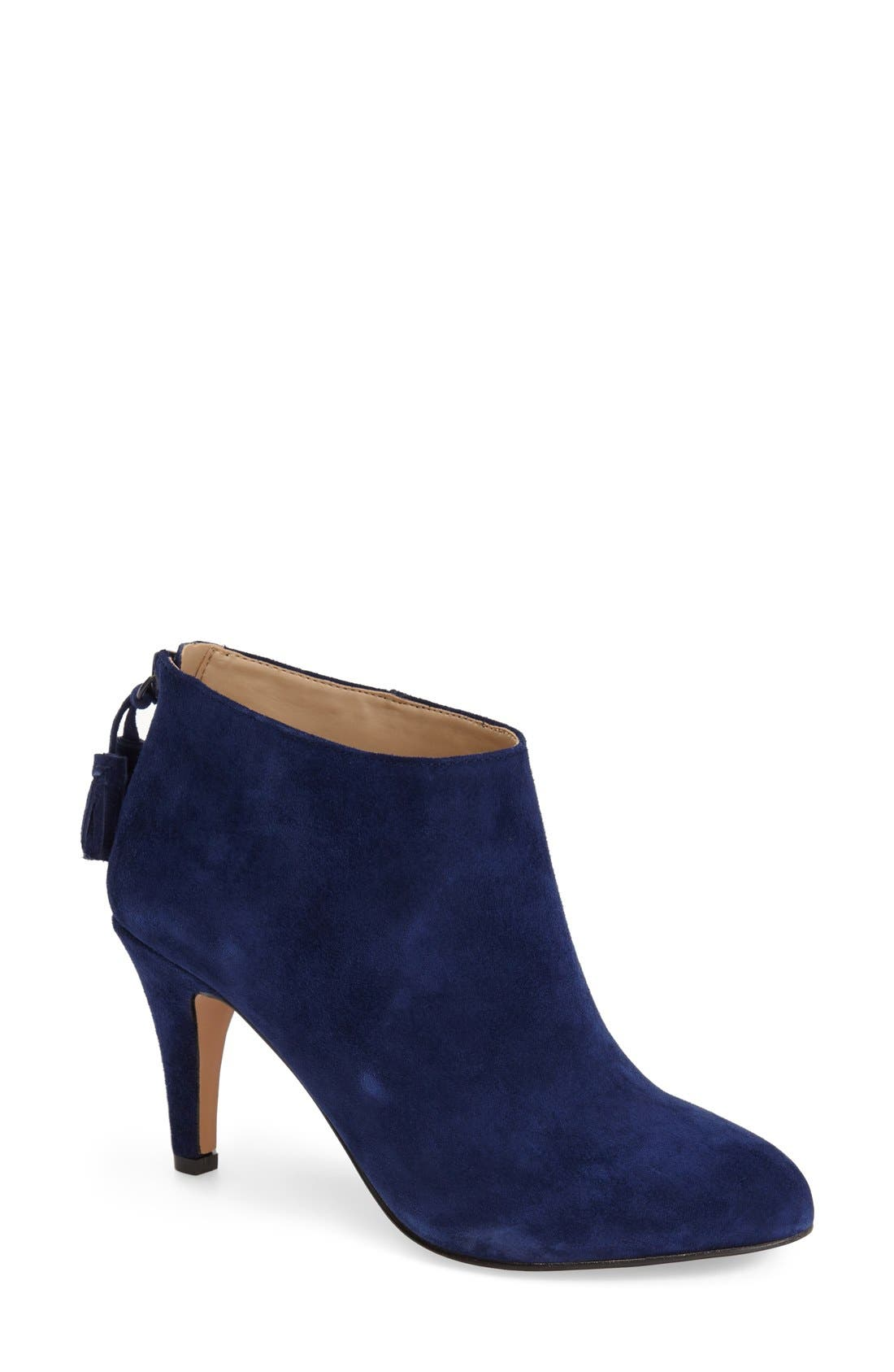 Main Image - Sole Society 'Aiden' Pointy Toe Bootie(Women)