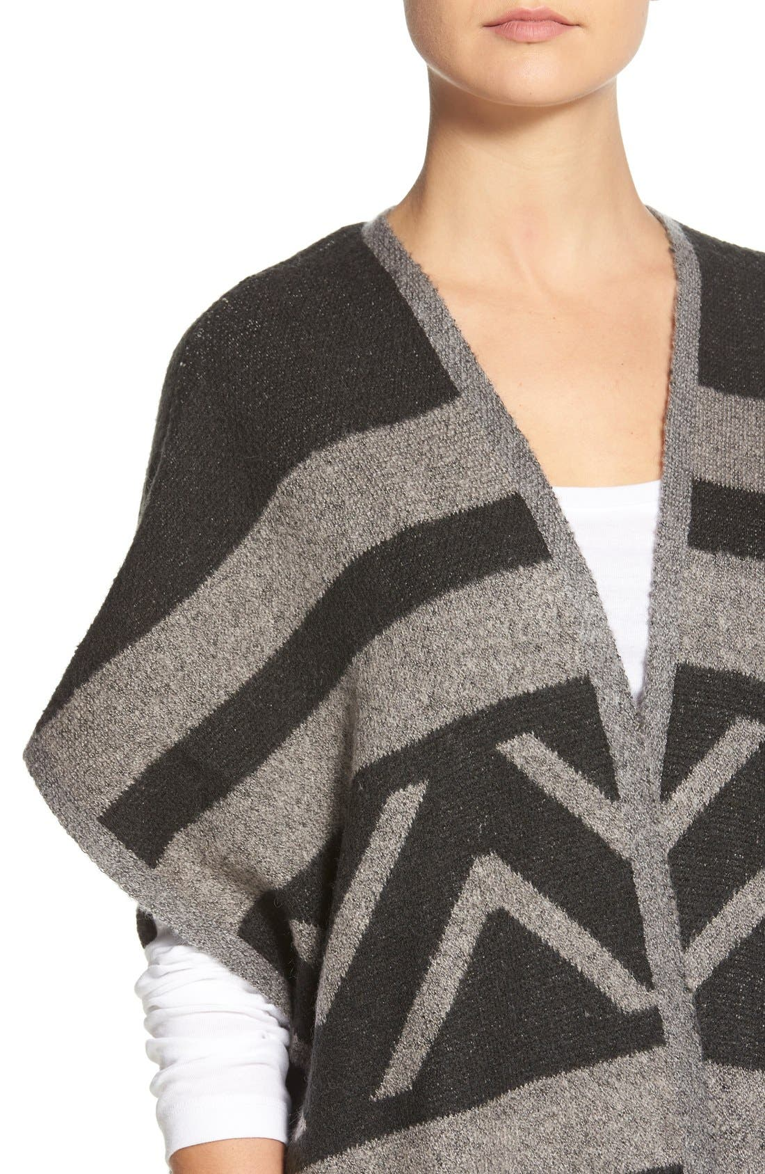 Alternate Image 4  - Matty M Geo Print Short Sleeve Knit Poncho