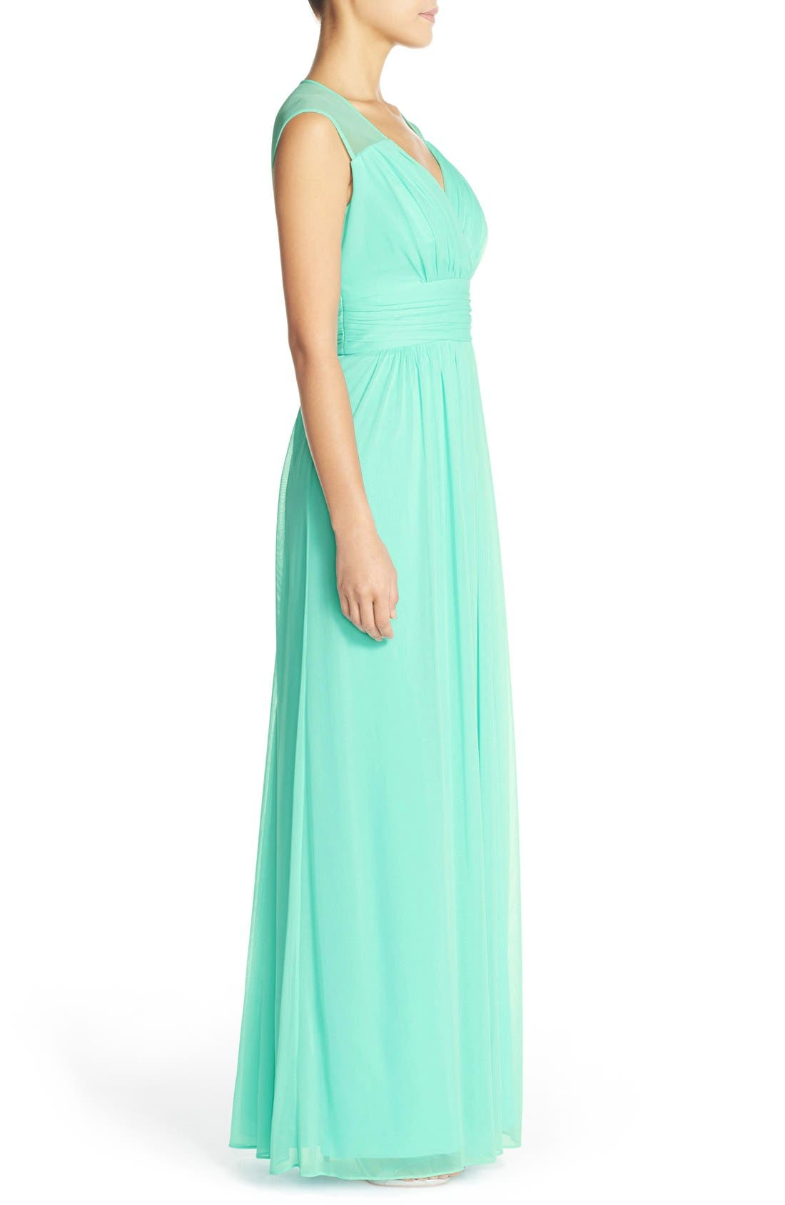 Alternate Image 3  - Alfred Sung Shirred Chiffon Cap Sleeve Gown