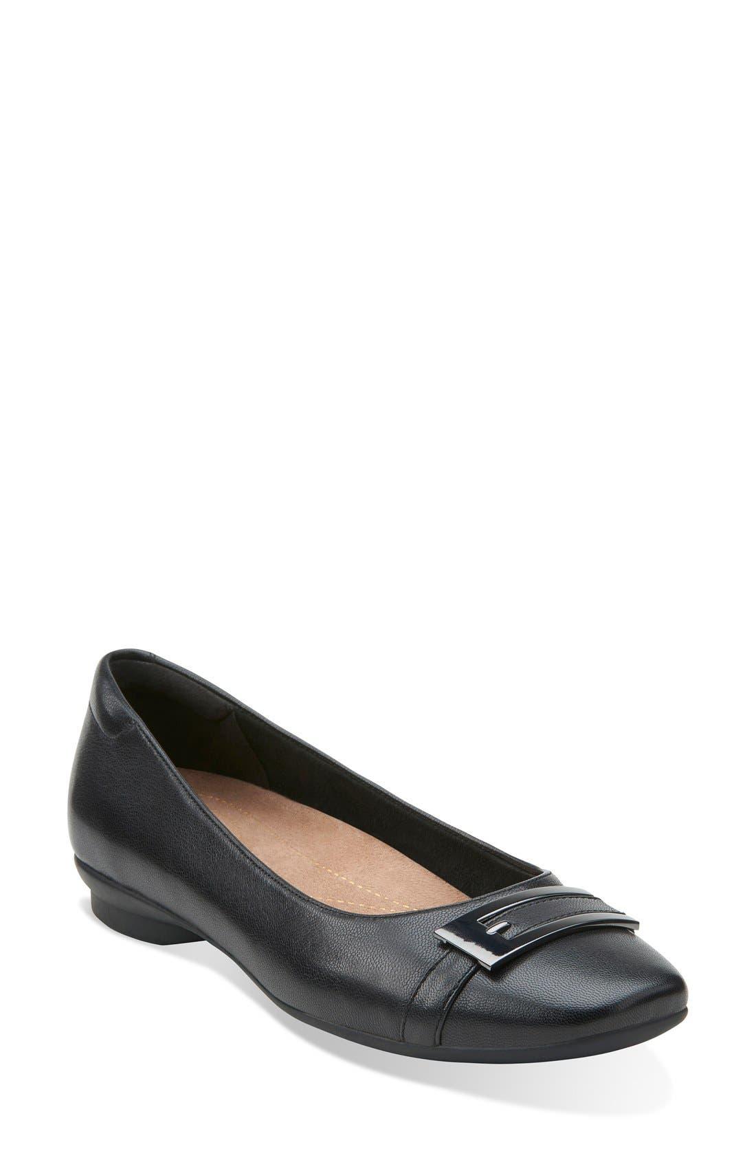Main Image - Clarks® 'Candra Glare' Cap Toe Flat (Women)