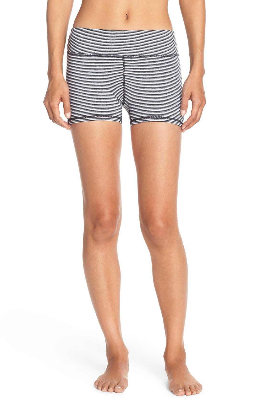 Main Image - Zella 'Haute' Compression Shorts