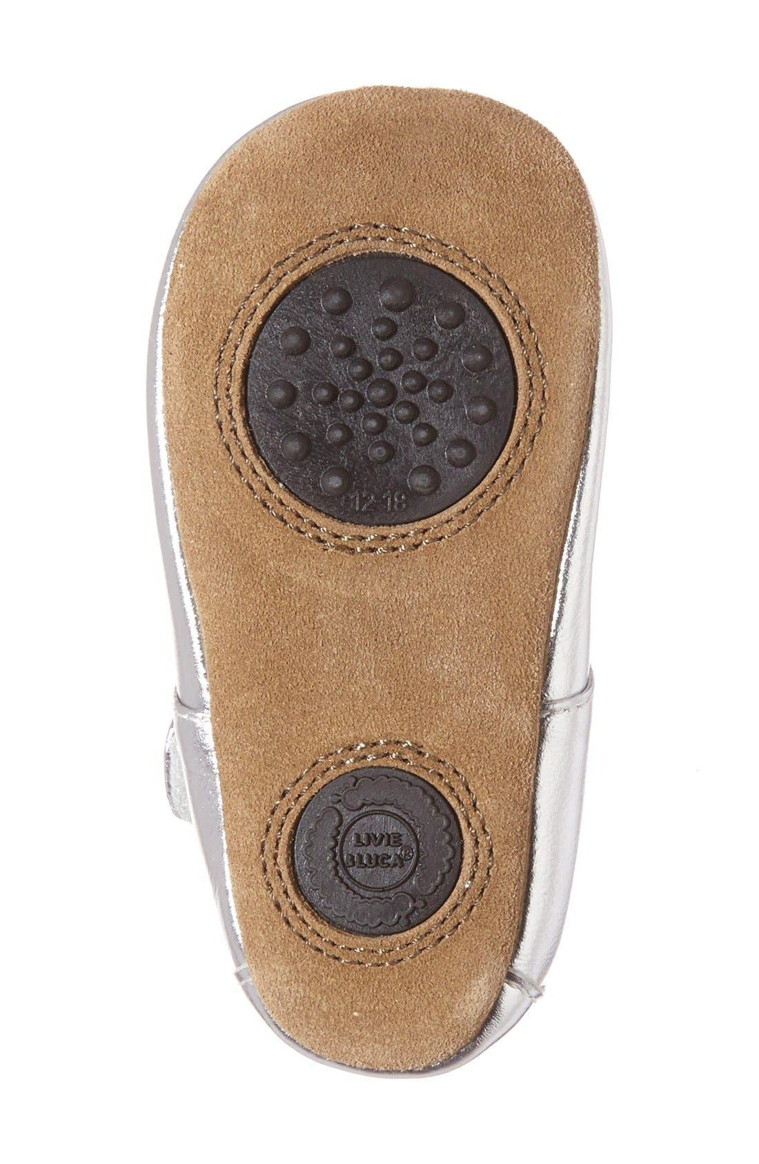 'Petal' Mary Jane Crib Shoe,                             Alternate thumbnail 4, color,                             Platinum