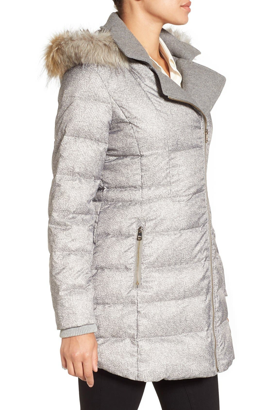 Alternate Image 3  - Catherine Catherine Malandrino Print Quilted Coat with Faux Fur Trim