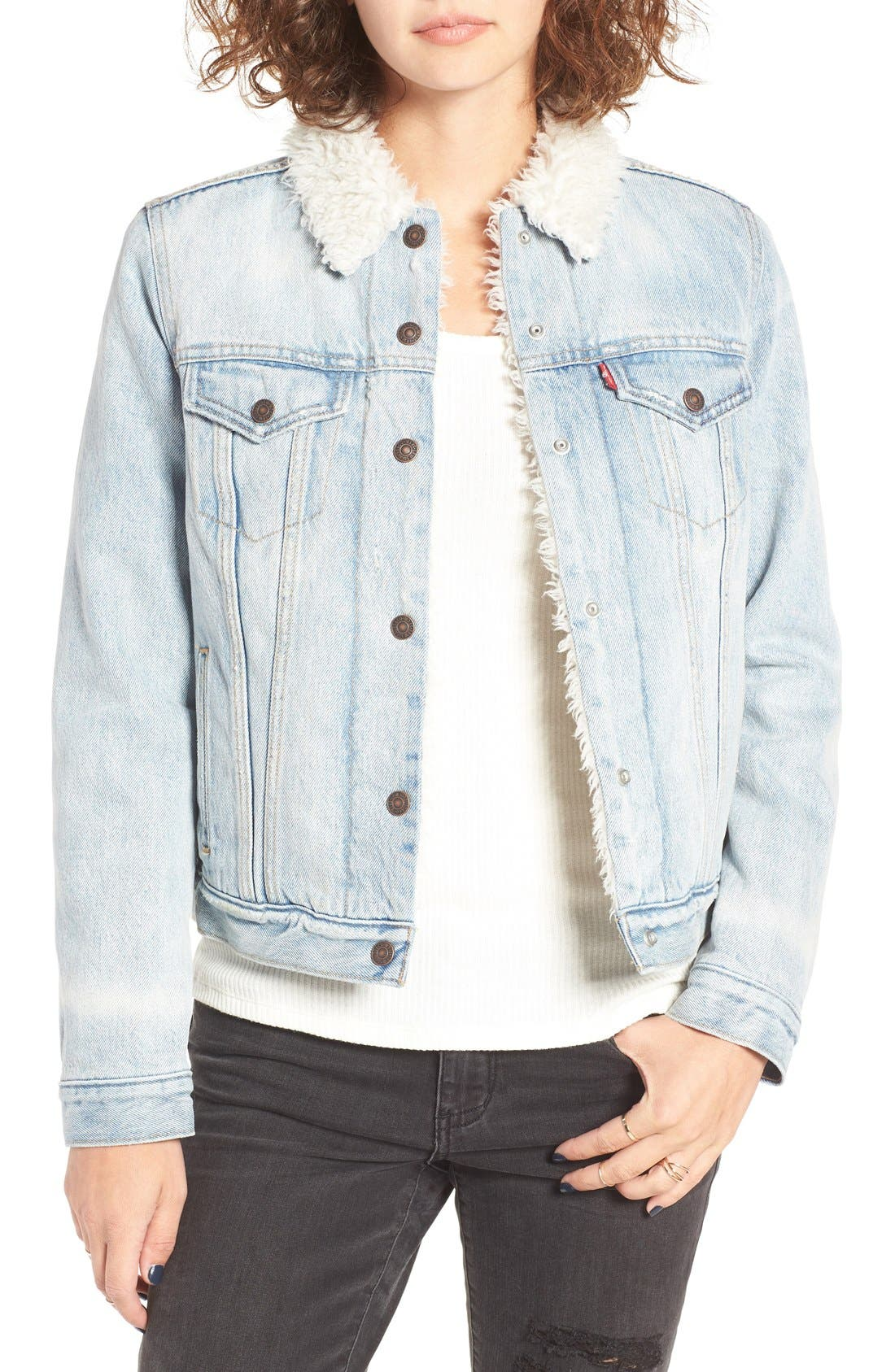 Main Image - Levi's® Trucker Jacket with Faux Fur Trim (East Alley)