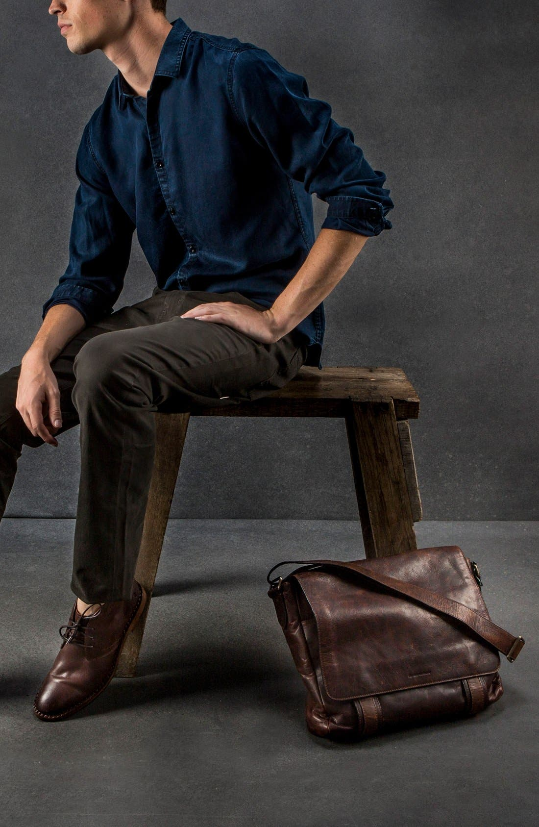 'Logan' Messenger Bag,                             Alternate thumbnail 6, color,                             Antique Dark Brown