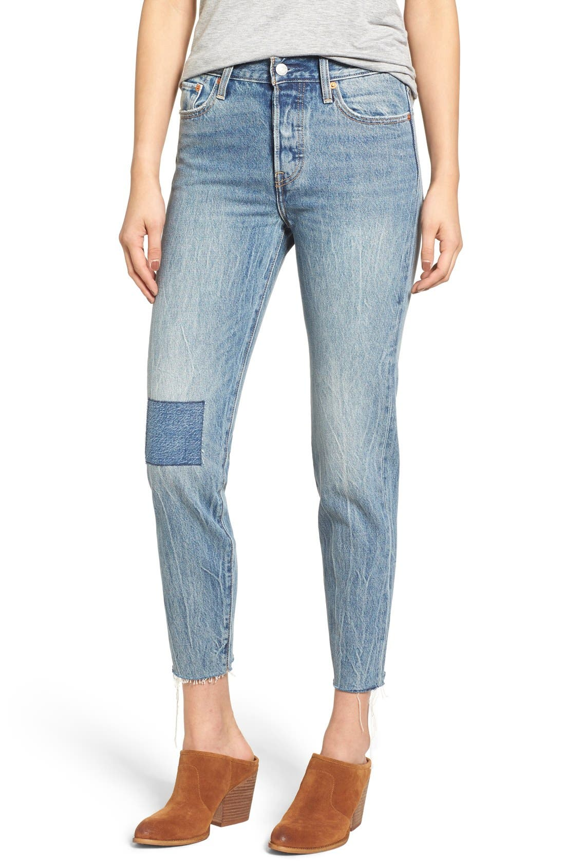 Alternate Image 1 Selected - Levi's® The Wedgie Icon Fit Jeans