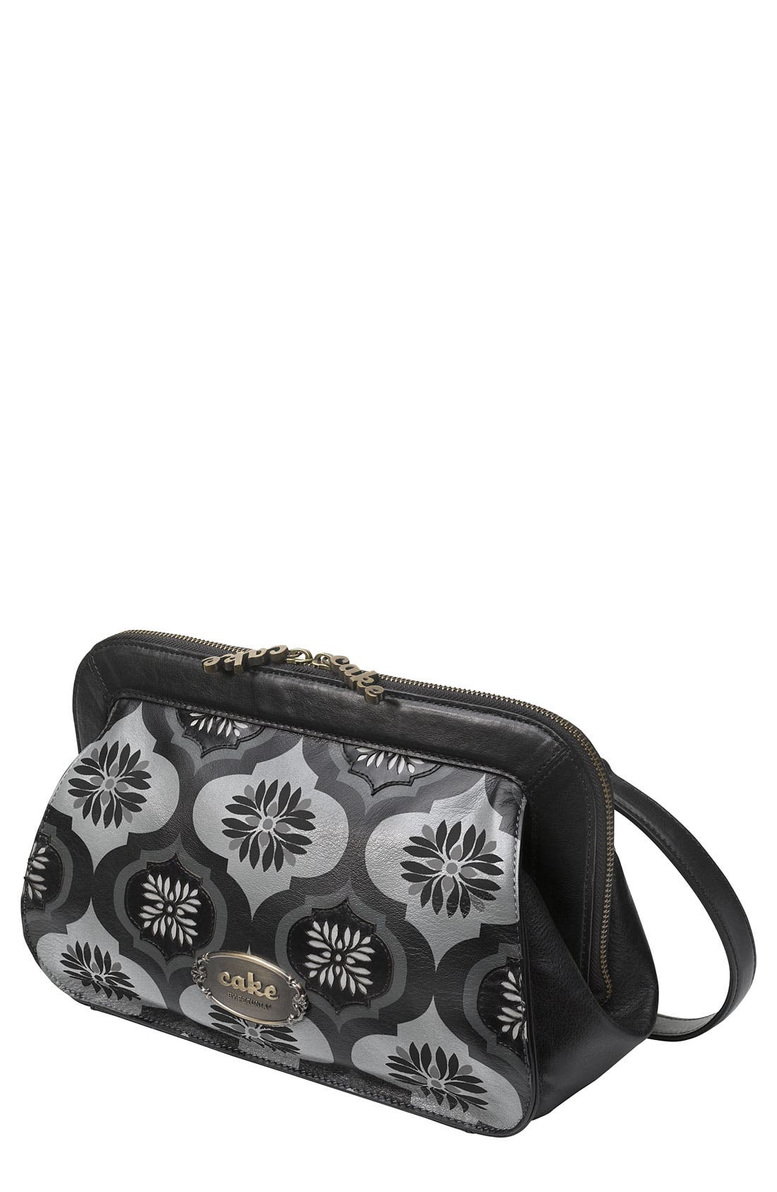 Alternate Image 1 Selected - Petunia Pickle Bottom 'Cameo' Clutch