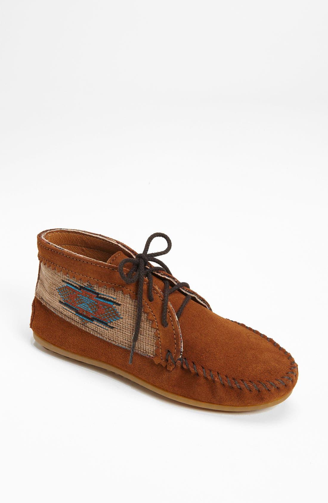 Main Image - Minnetonka 'El Paso' Ankle Boot