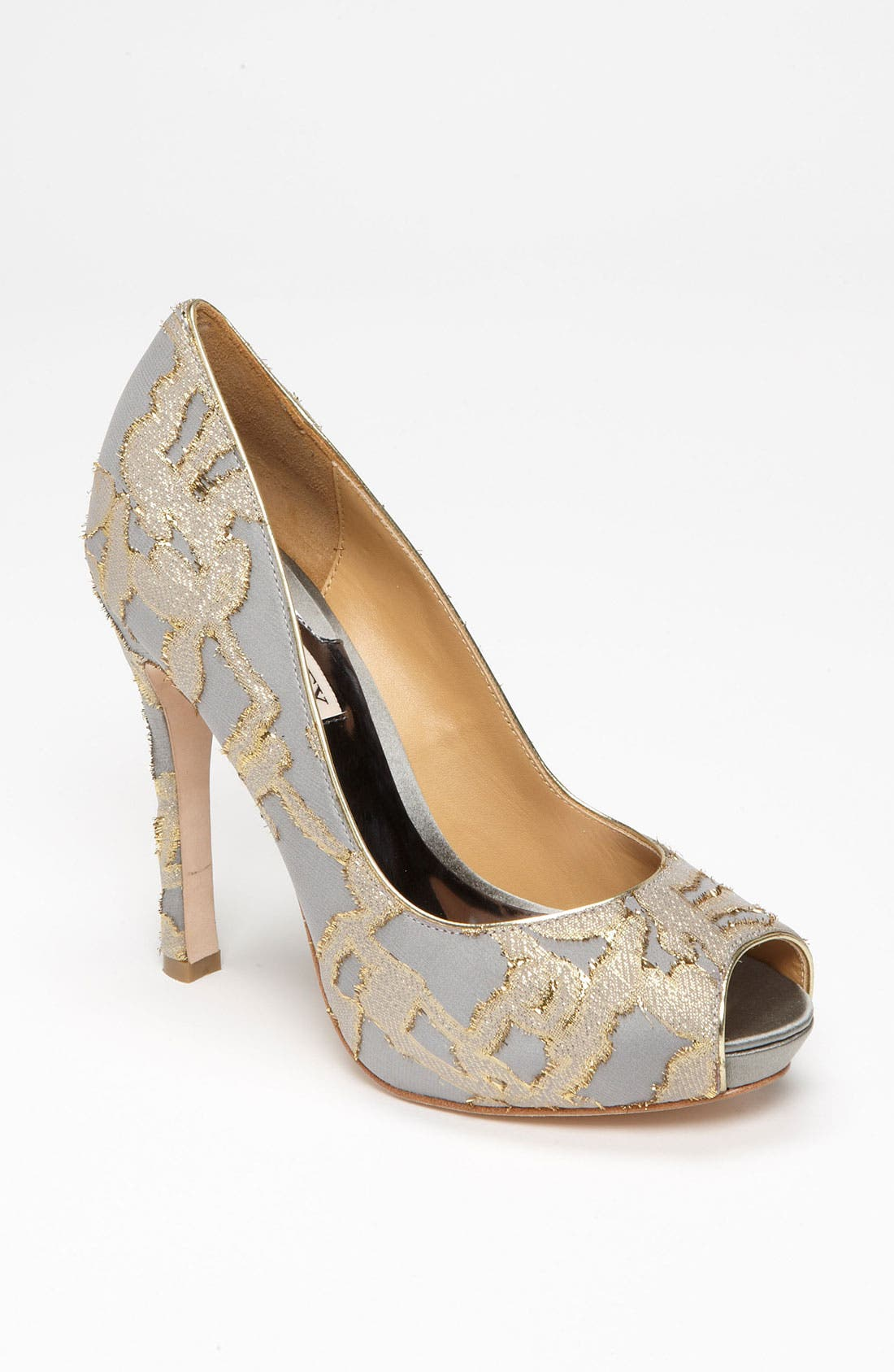 Alternate Image 1 Selected - Badgley Mischka 'Roxie' Pump