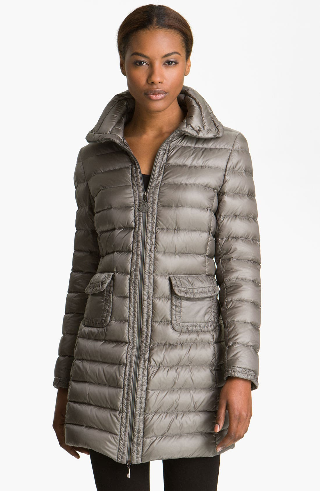 Alternate Image 1 Selected - Moncler 'Vanneau' Fitted Down Coat