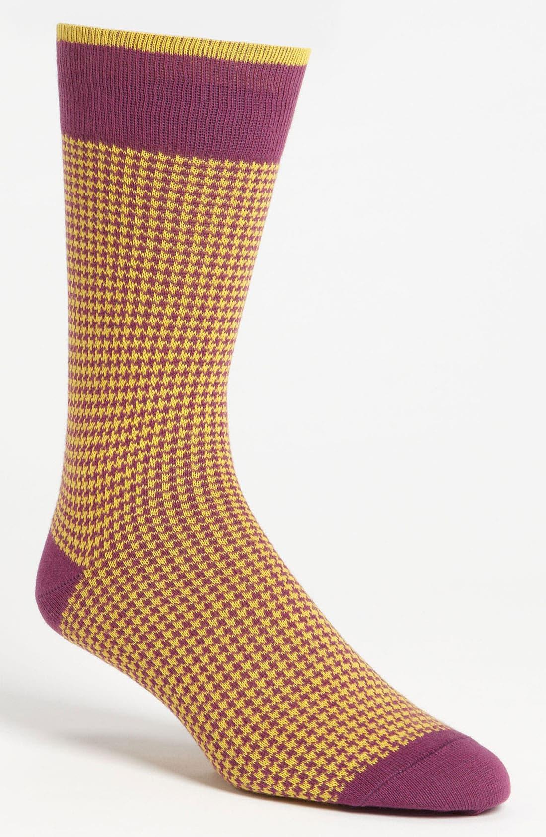 Main Image - Lorenzo Uomo Houndstooth Check Socks