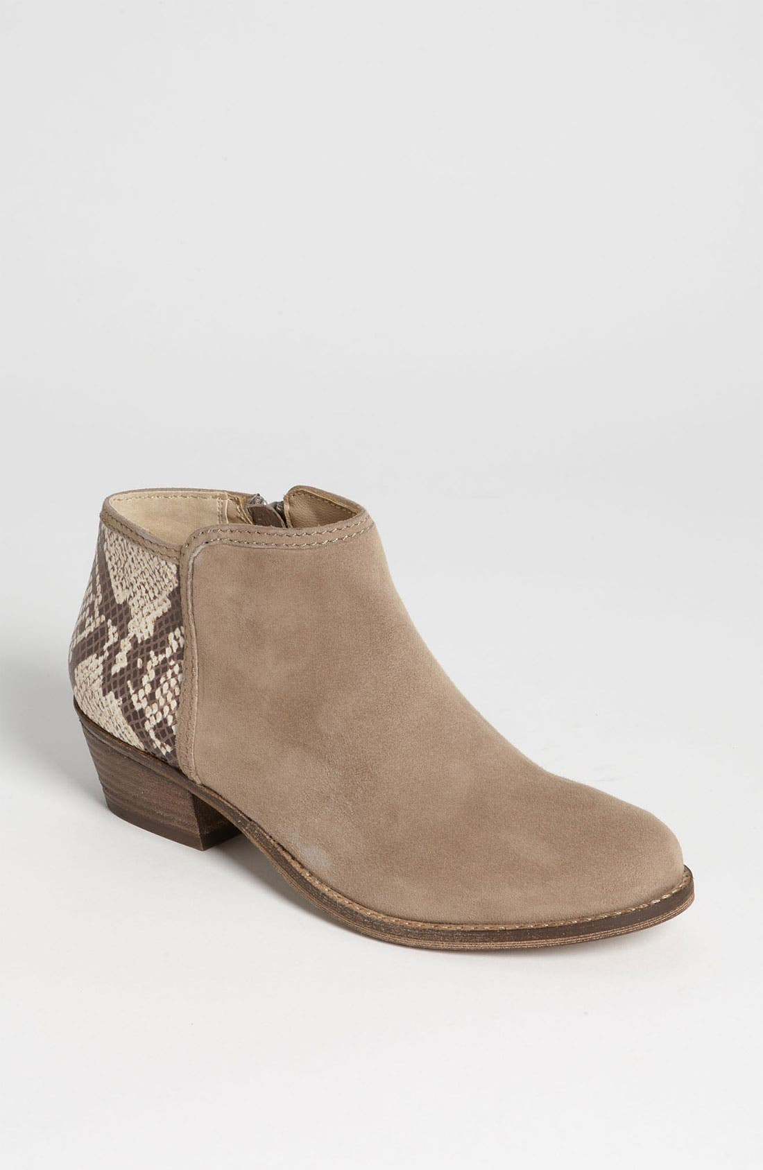 Alternate Image 1 Selected - Steve Madden 'Roterdam' Bootie