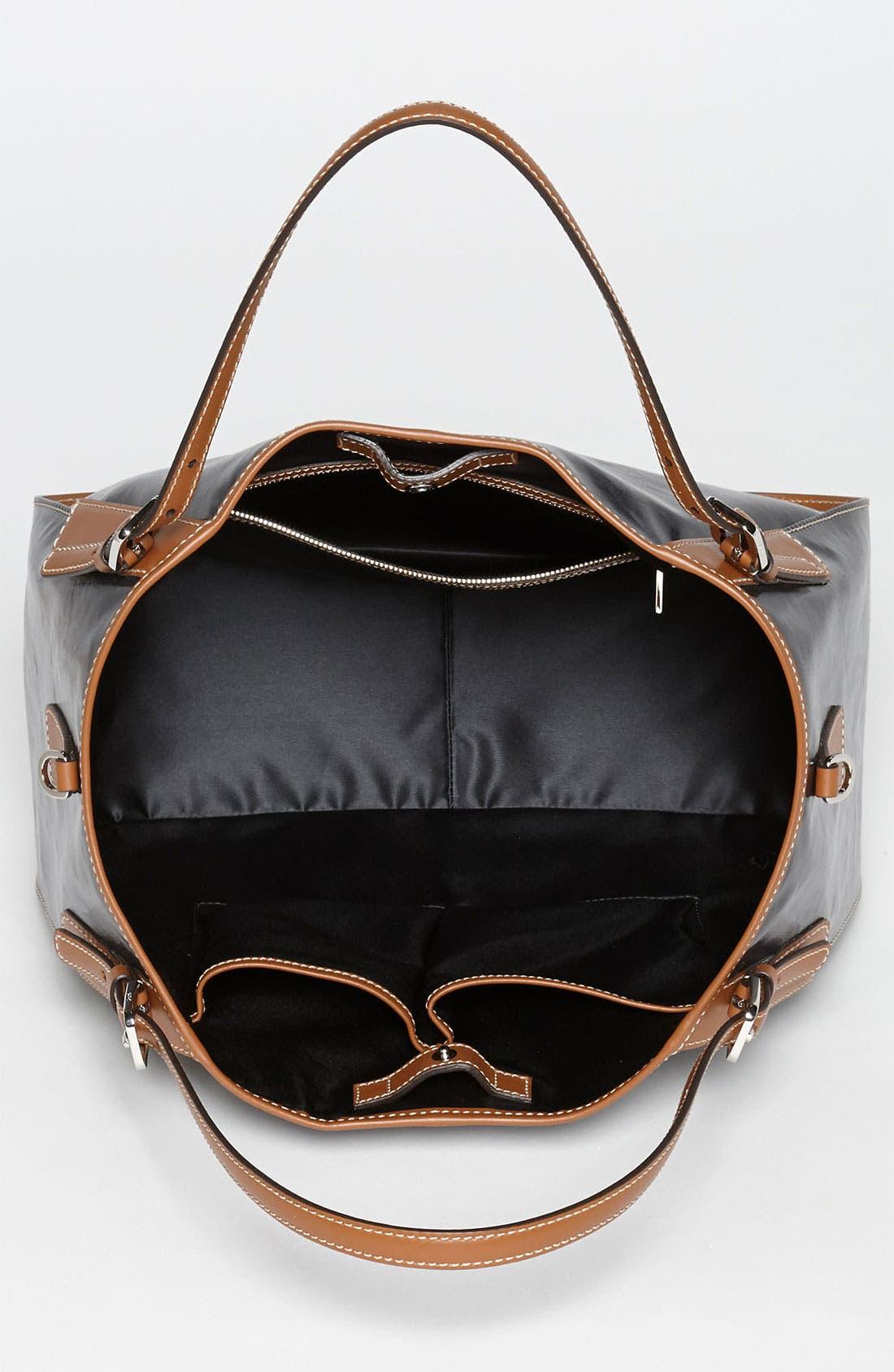 Alternate Image 3  - Tod's 'New G - Medium' Shoulder Bag