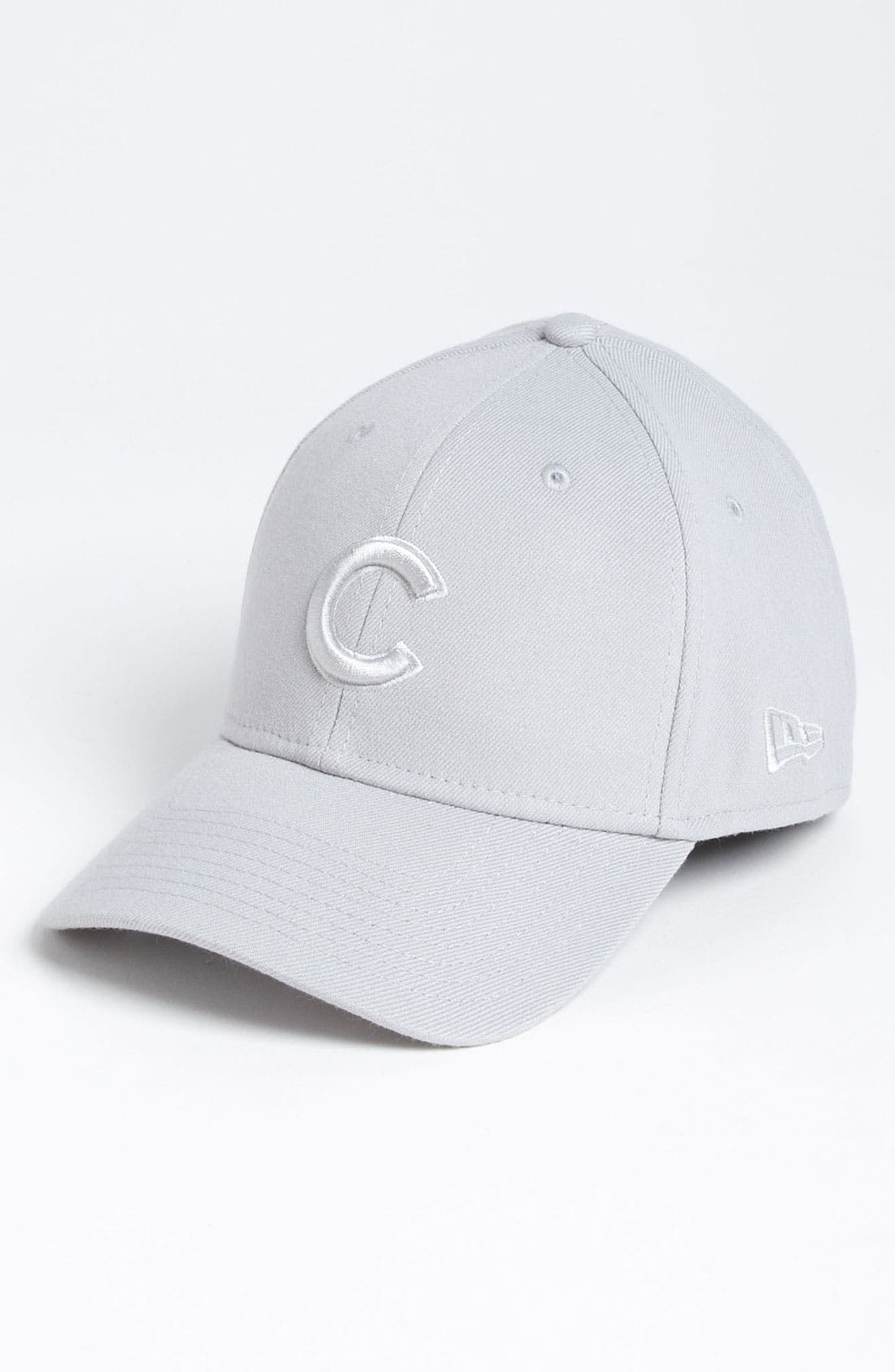 Main Image - New Era Cap 'Chicago Cubs - Tonal Classic' Fitted Baseball Cap