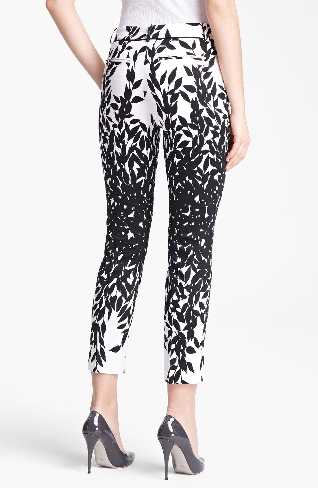 Alternate Image 2  - Blumarine Print Stretch Cotton Capri Pants