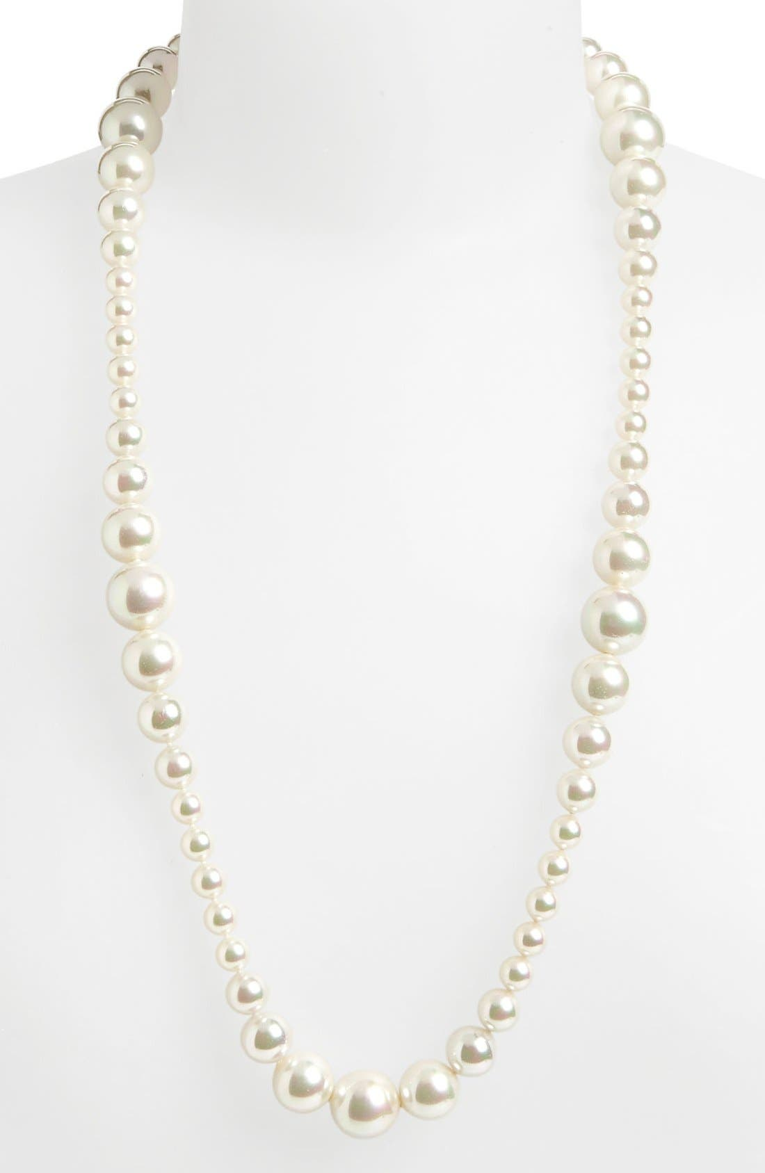 Alternate Image 1 Selected - Majorica 'Divina' Graduated Pearl Necklace