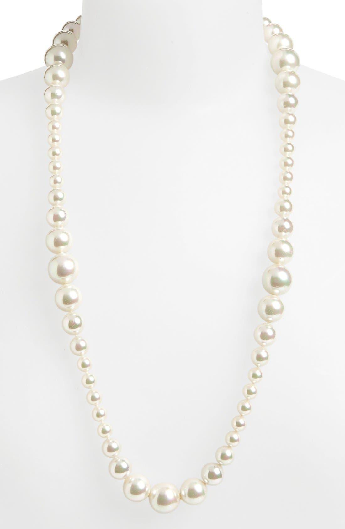 Main Image - Majorica 'Divina' Graduated Pearl Necklace