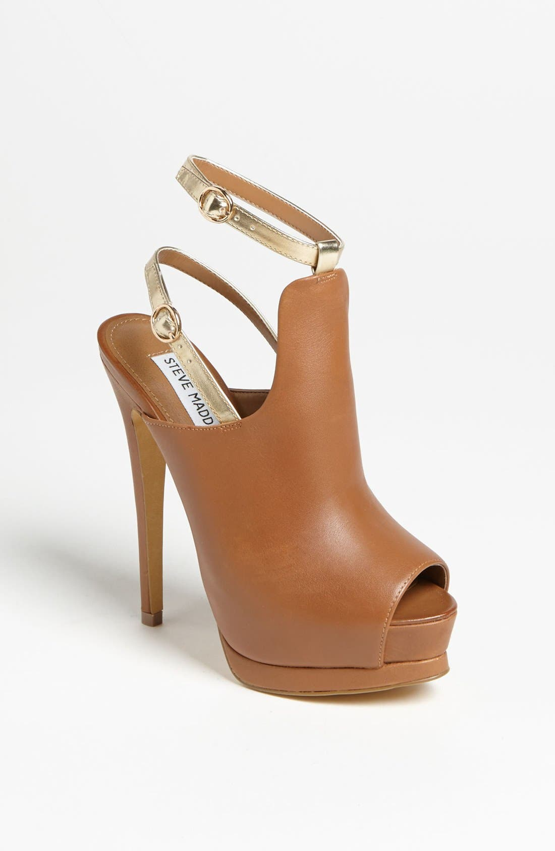 Alternate Image 1 Selected - Steve Madden 'Wexler' Pump