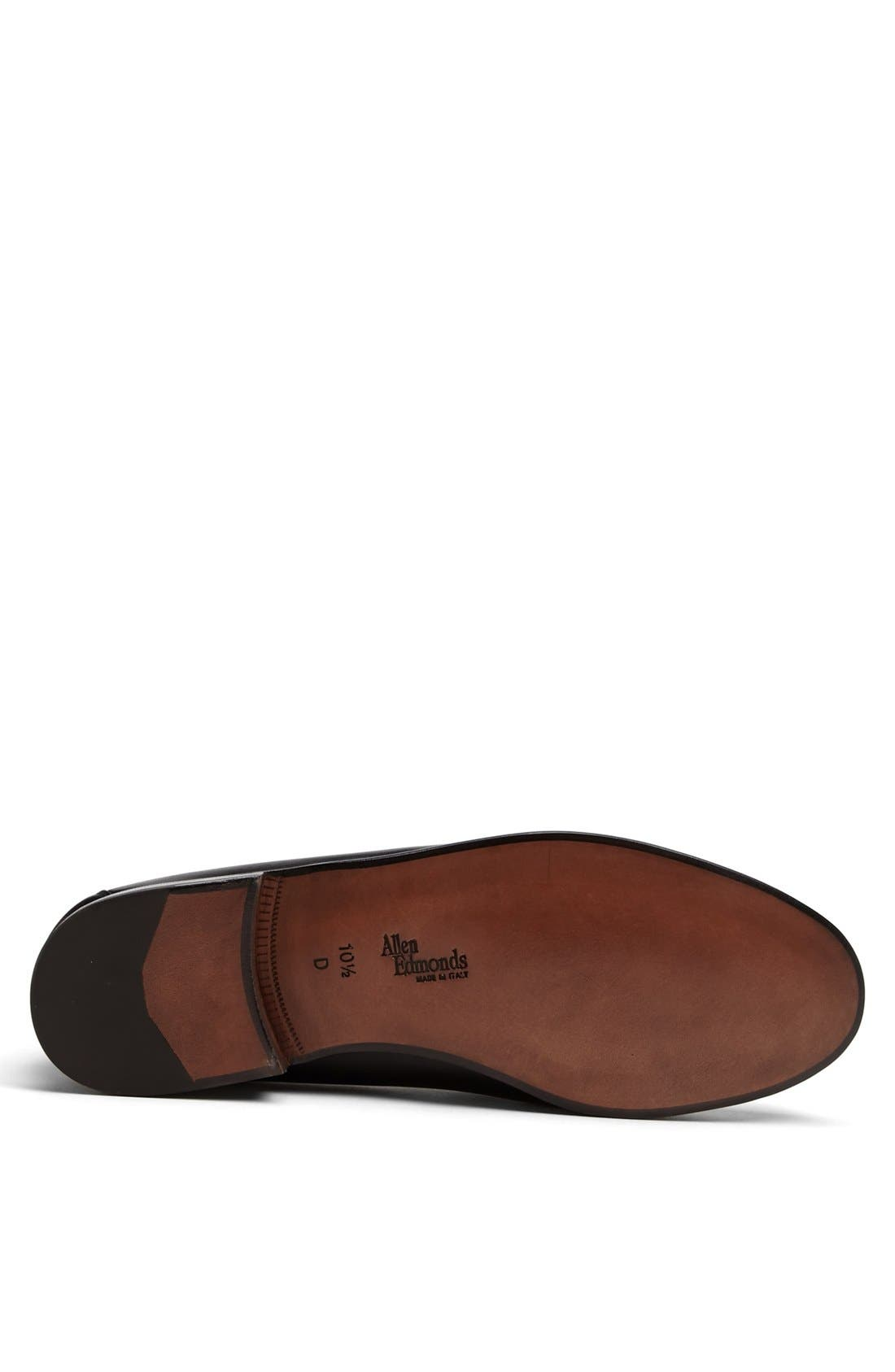 'Urbino' Tassel Loafer,                             Alternate thumbnail 4, color,                             Black
