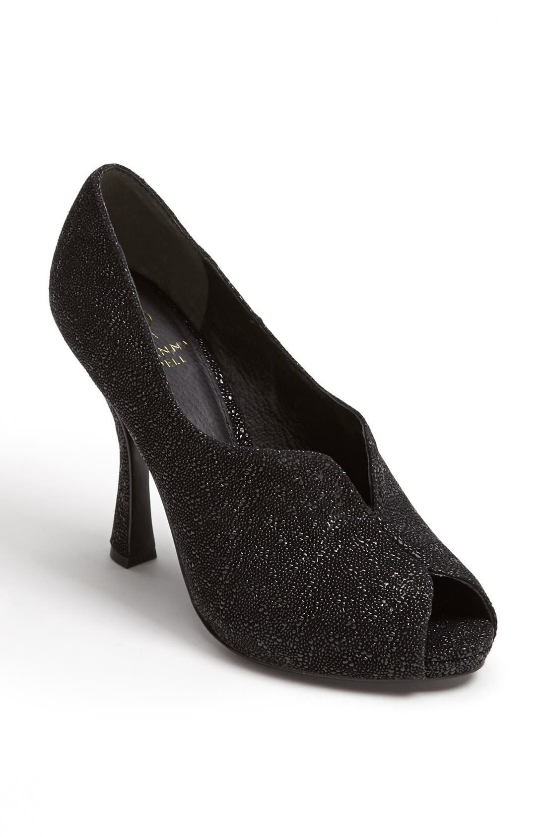 Main Image - Adrianna Papell 'Remy' Pump (Online Only)