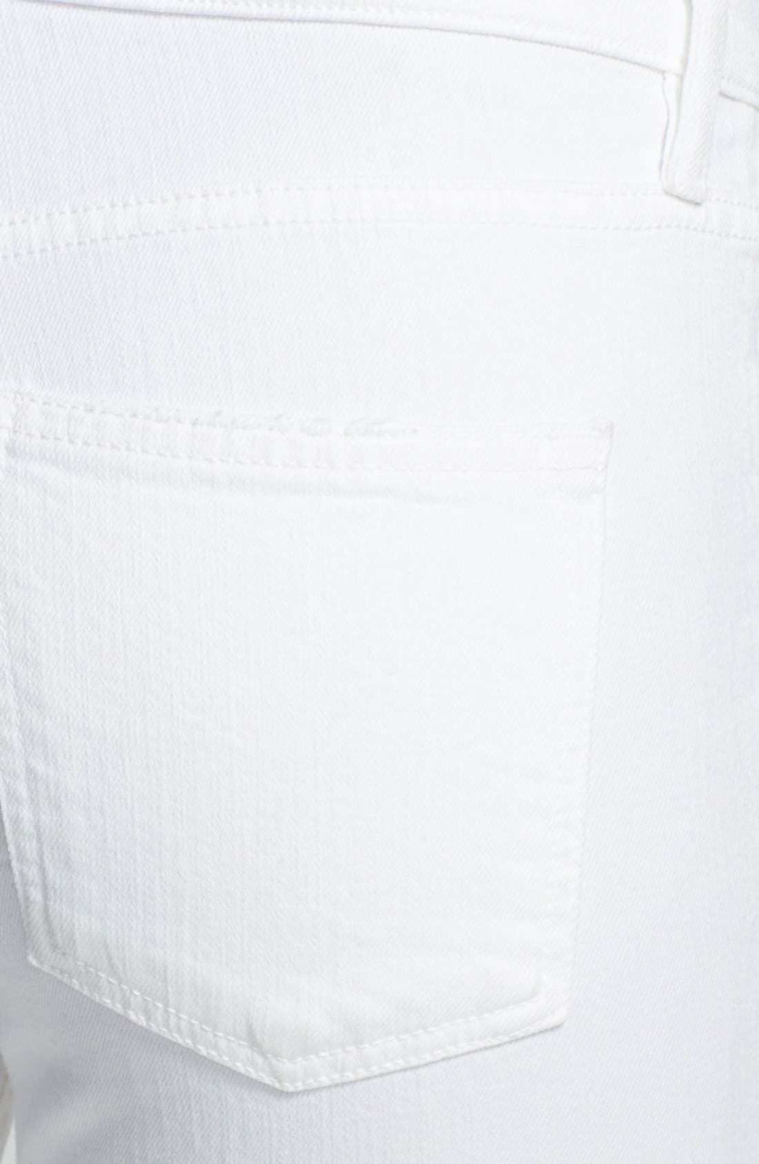 Alternate Image 3  - Vince Relaxed Rolled Skinny Jeans (Soft White)
