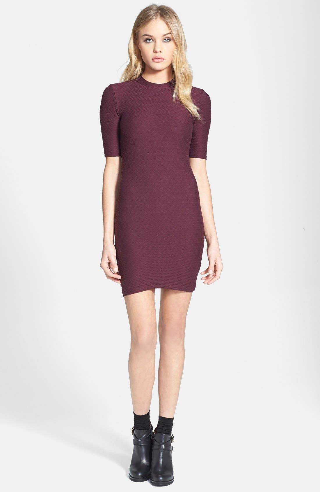 Main Image - Topshop Cutout Textured Body-Con Dress