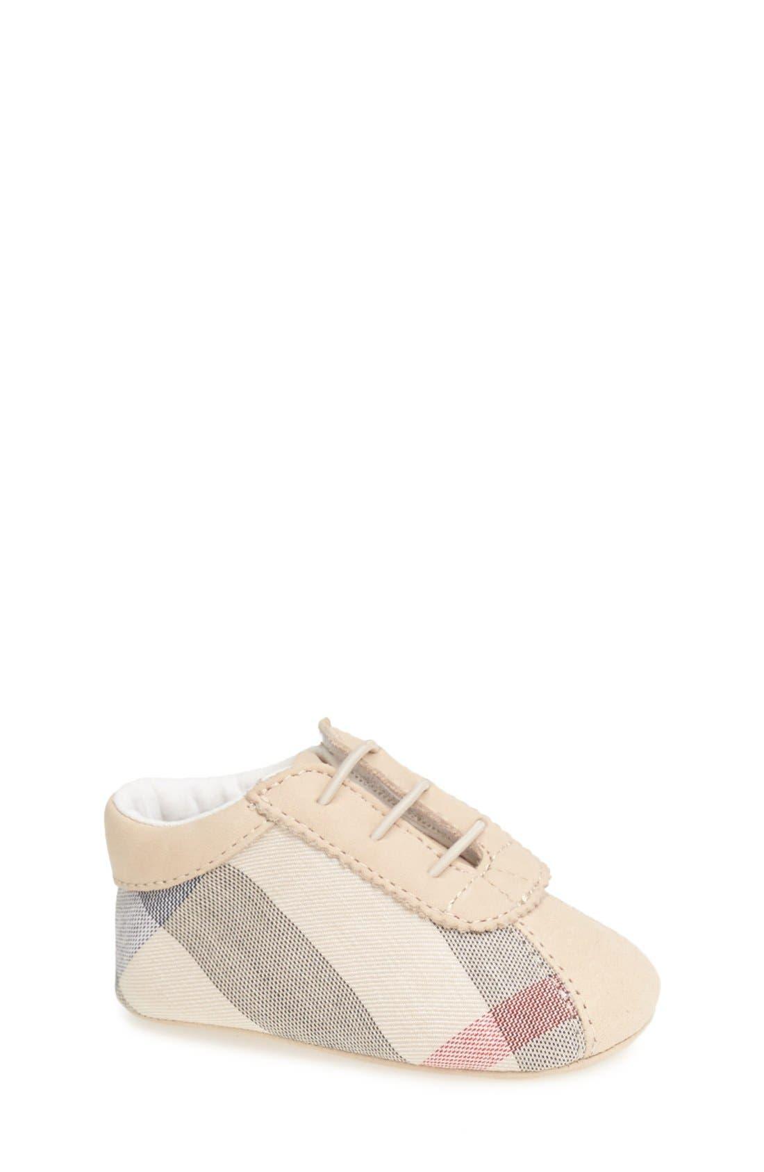 Burberry 'Bosco' Crib Shoe (Baby)