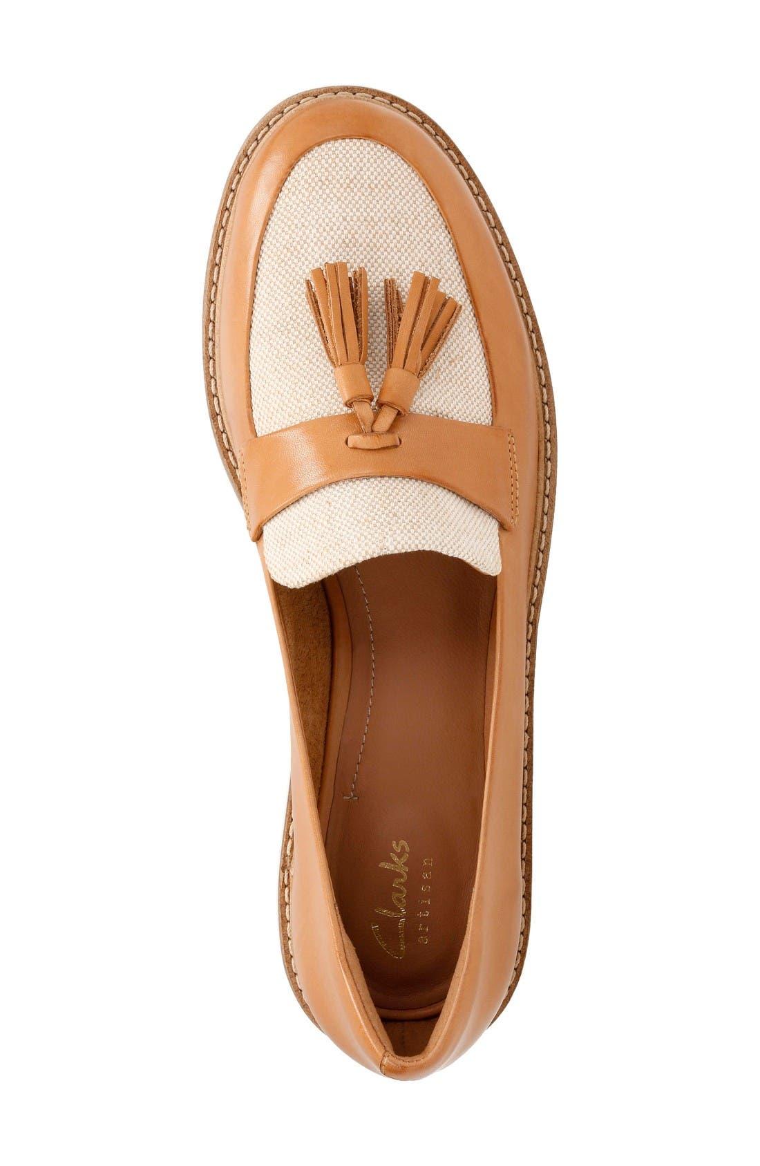 Glick Castine Tassel Loafer,                             Alternate thumbnail 4, color,                             Light Tan Leather
