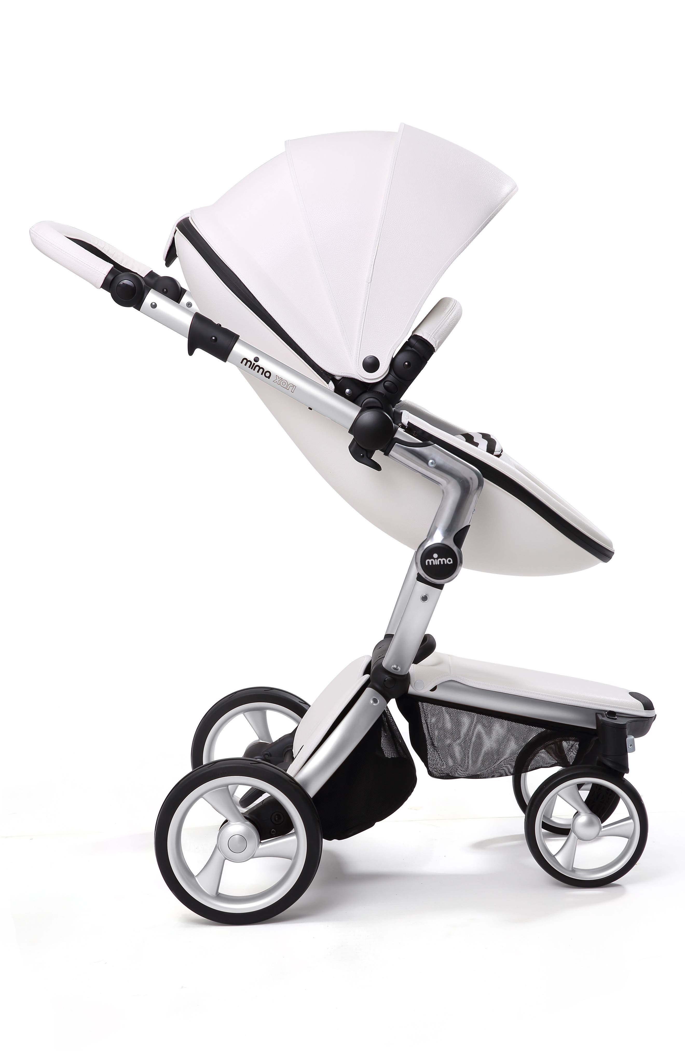 Xari Aluminum Chassis Stroller with Reversible Reclining Seat & Carrycot,                             Alternate thumbnail 5, color,                             Black / Black And White