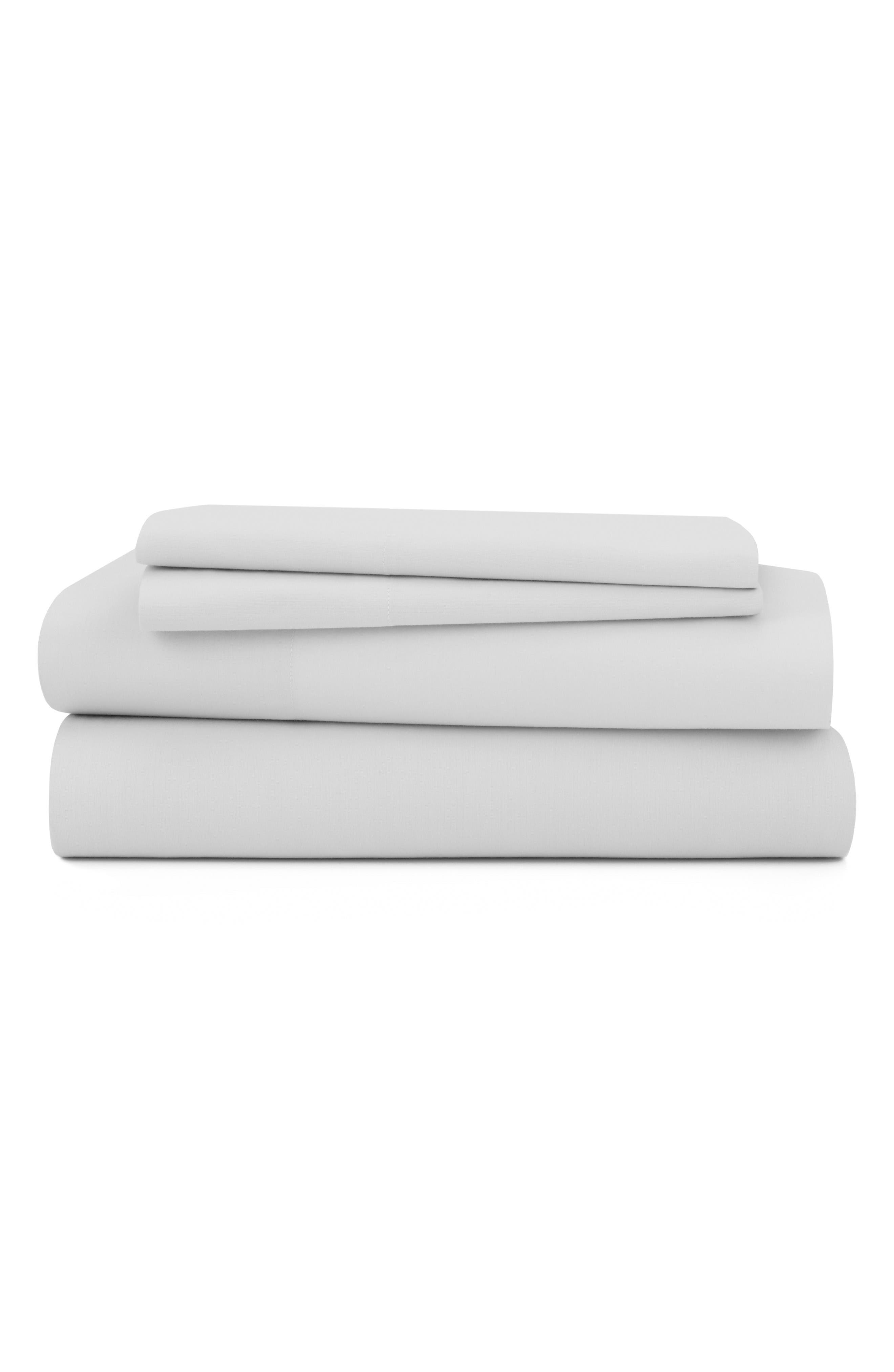 Alternate Image 1 Selected - UGG® Downtime Percale Sheet Set
