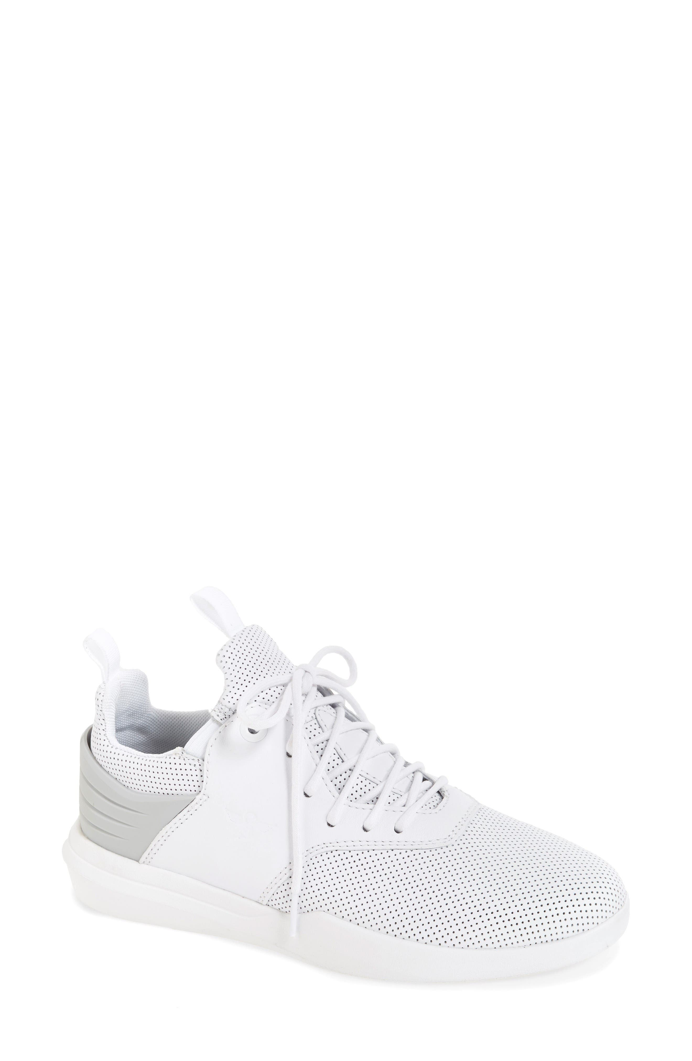 Alternate Image 1 Selected - Creative Recreation Deross Sneaker (Women)