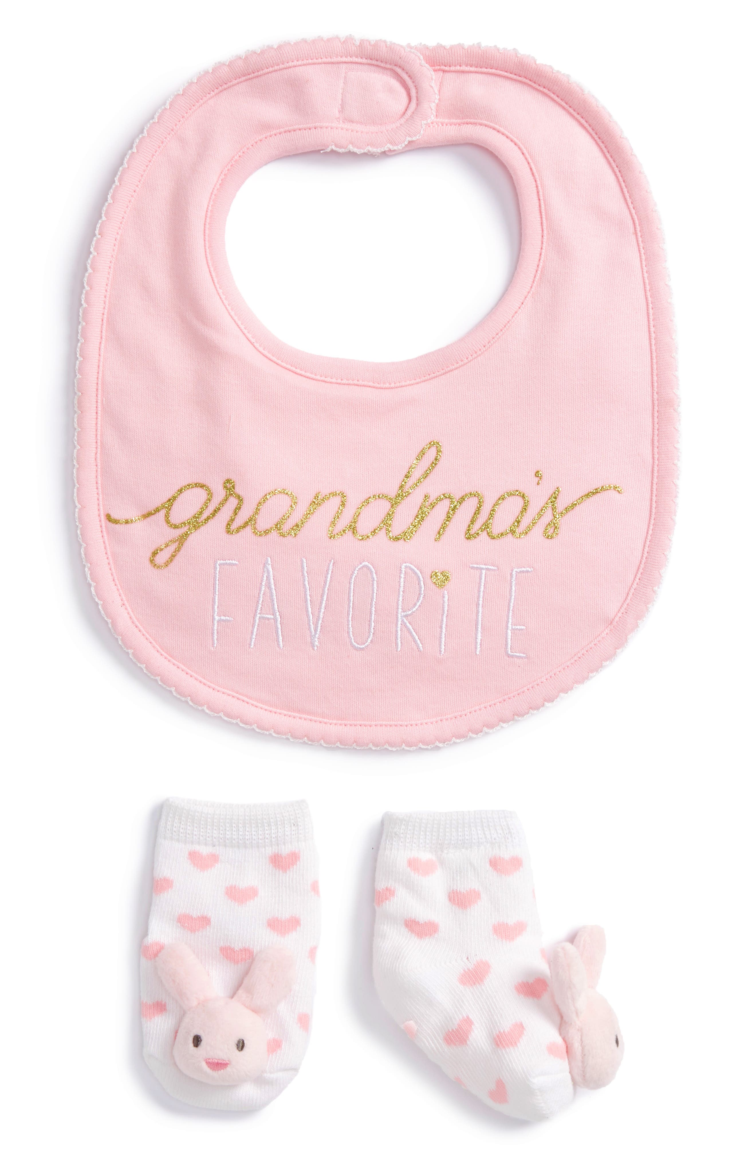 Mud Pie Grandma's Favorite Bib & Socks Set (Baby)