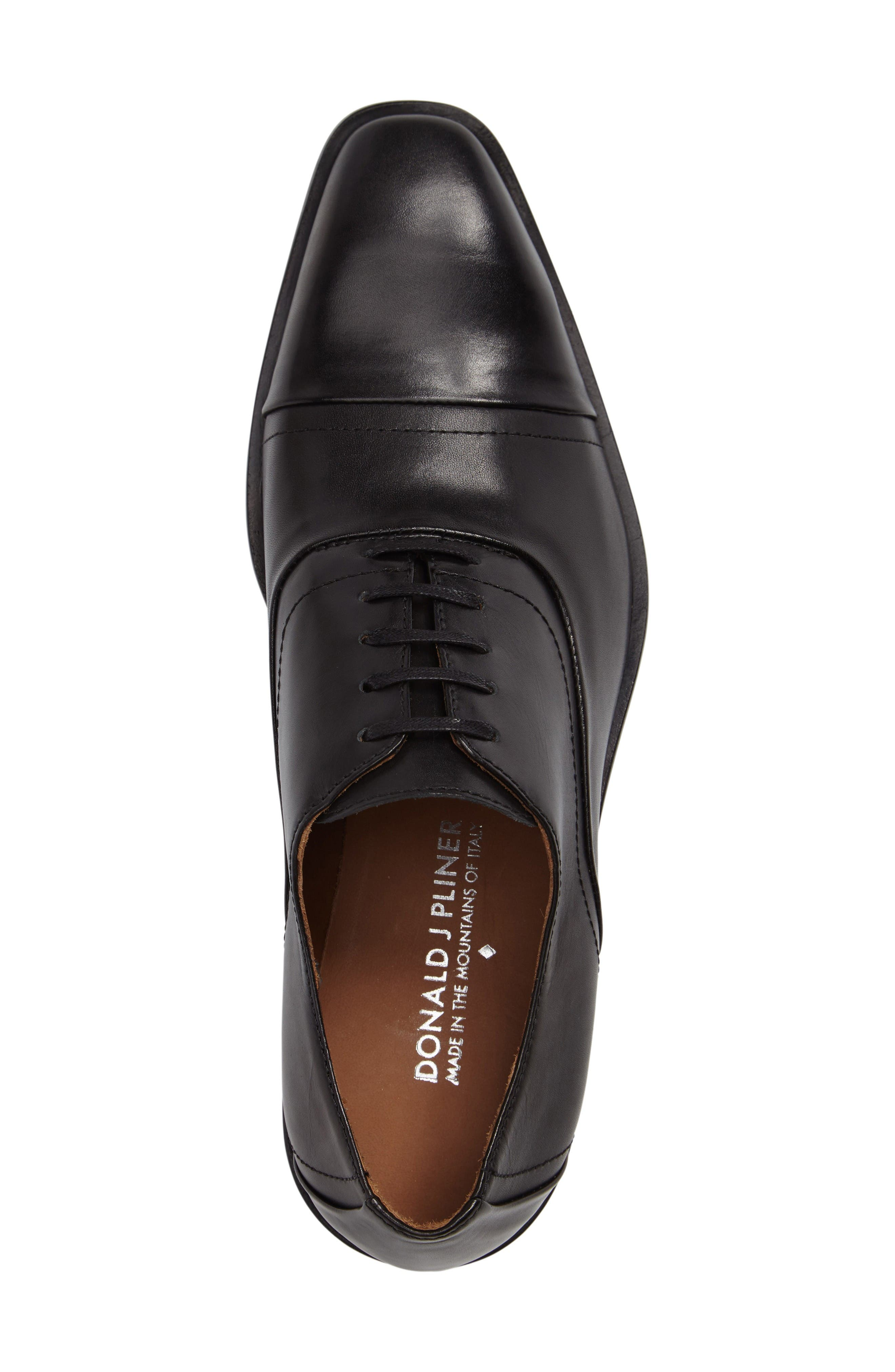 Valerico Cap Toe Oxford,                             Alternate thumbnail 3, color,                             Black Leather