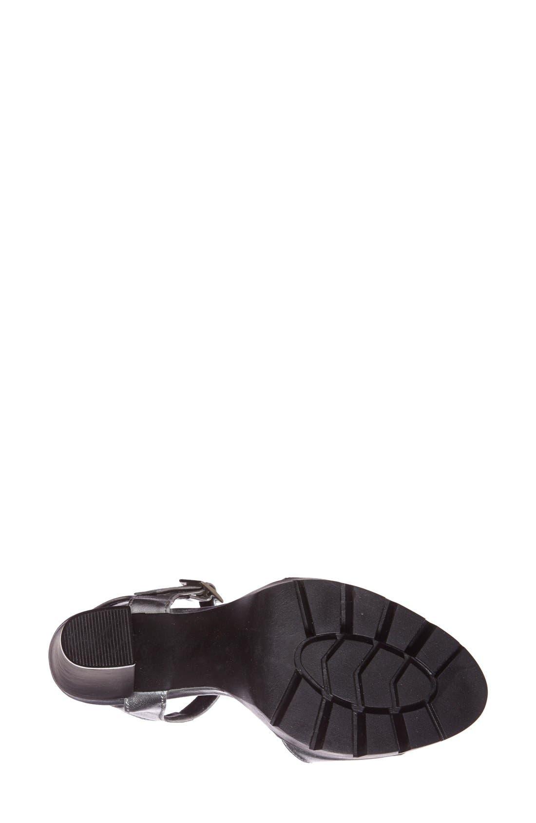 'Traviss' Sandal,                             Alternate thumbnail 4, color,                             Silver Leather
