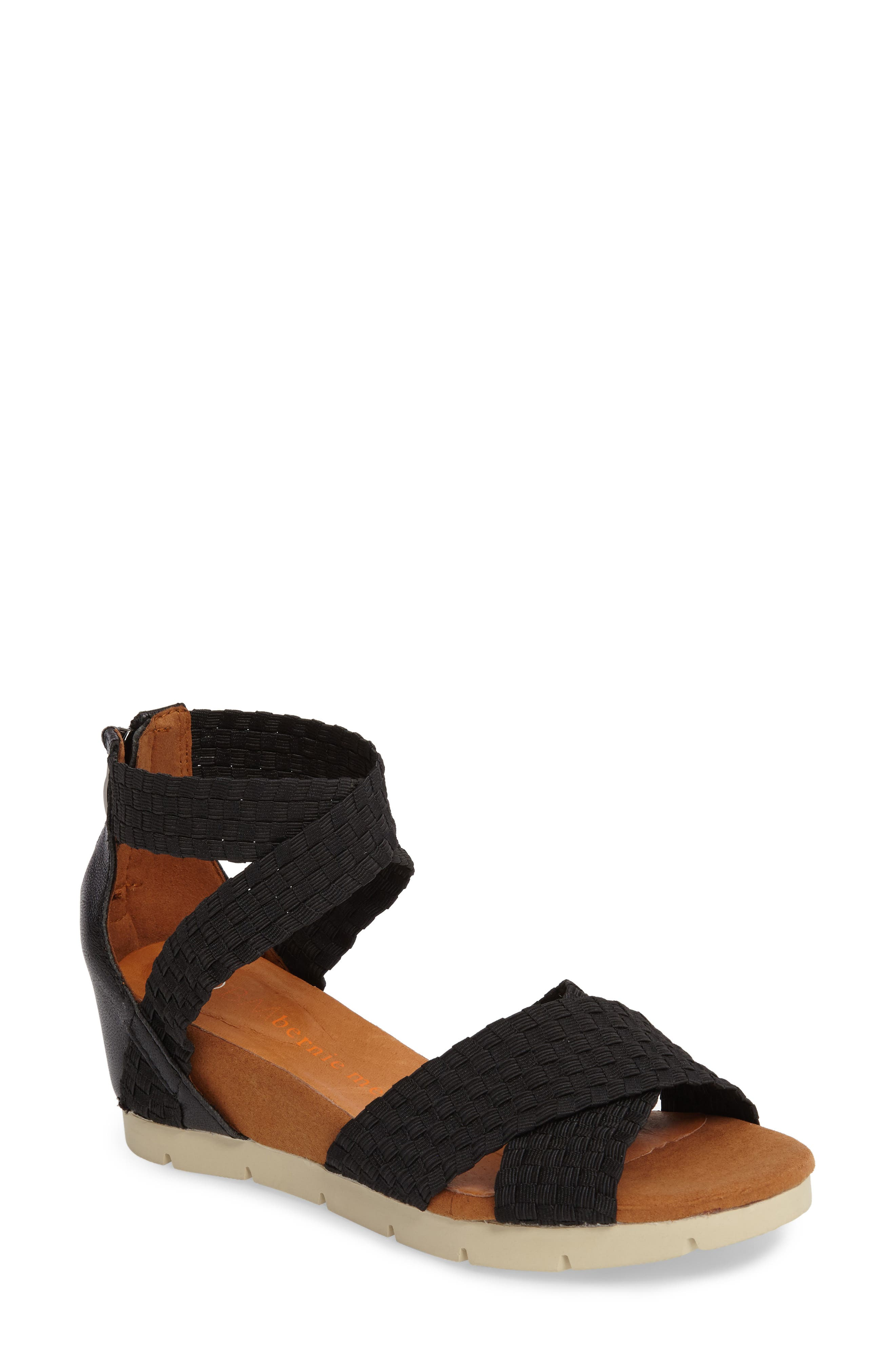 bernie mev. Honesty Sandal (Women)
