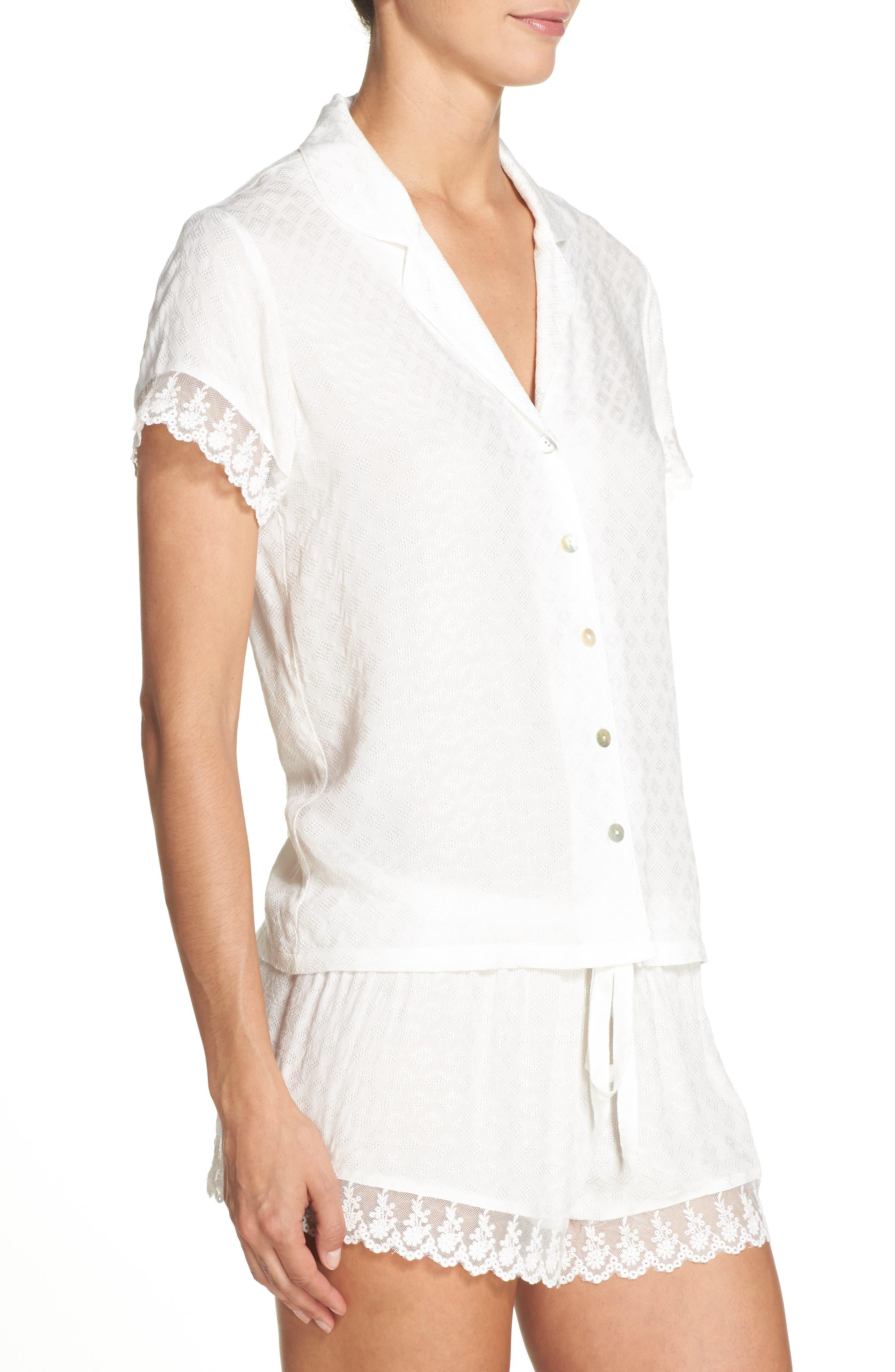 Alternate Image 3  - Flora Nikrooz Laurel Short Pajamas