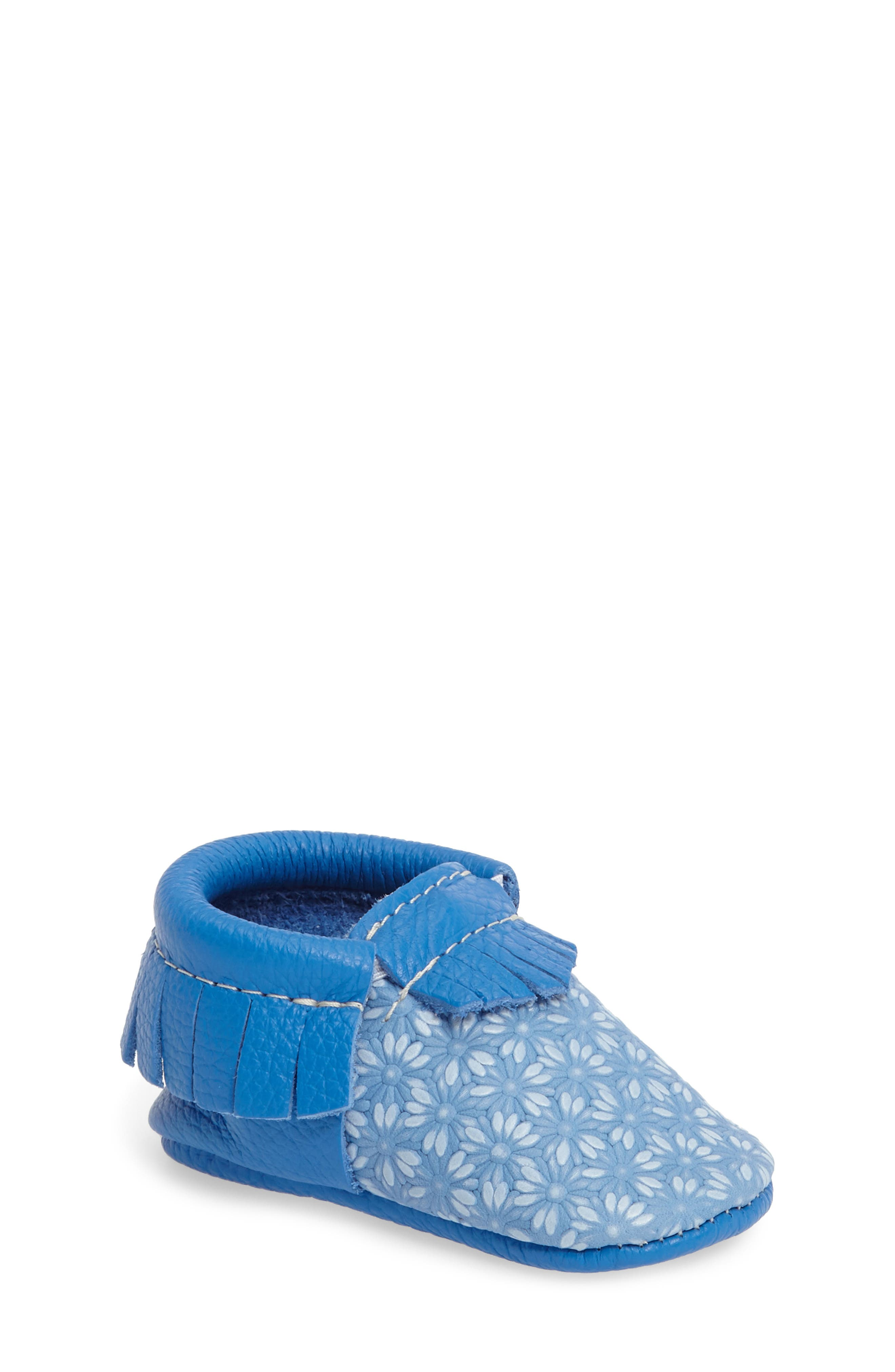 Freshly Picked Daisy Moccasin Crib Shoe (Baby & Walker)