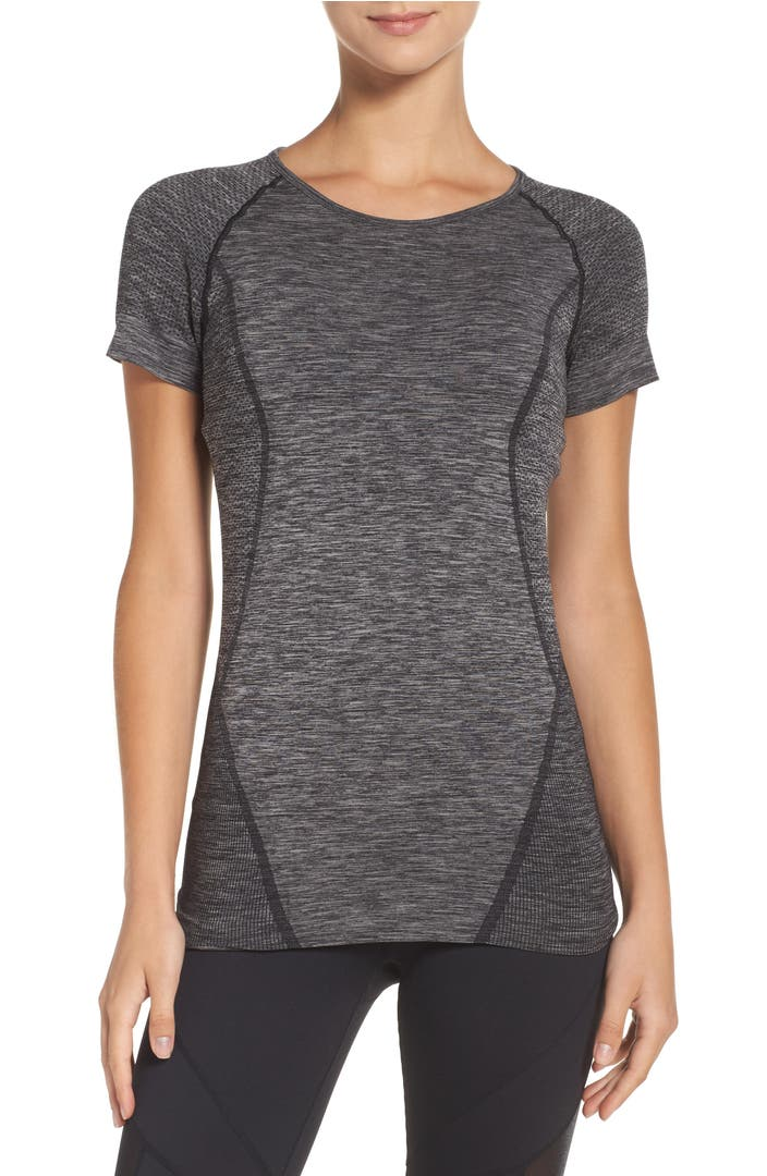 Main Image - Zella Stand Out Seamless Training Tee