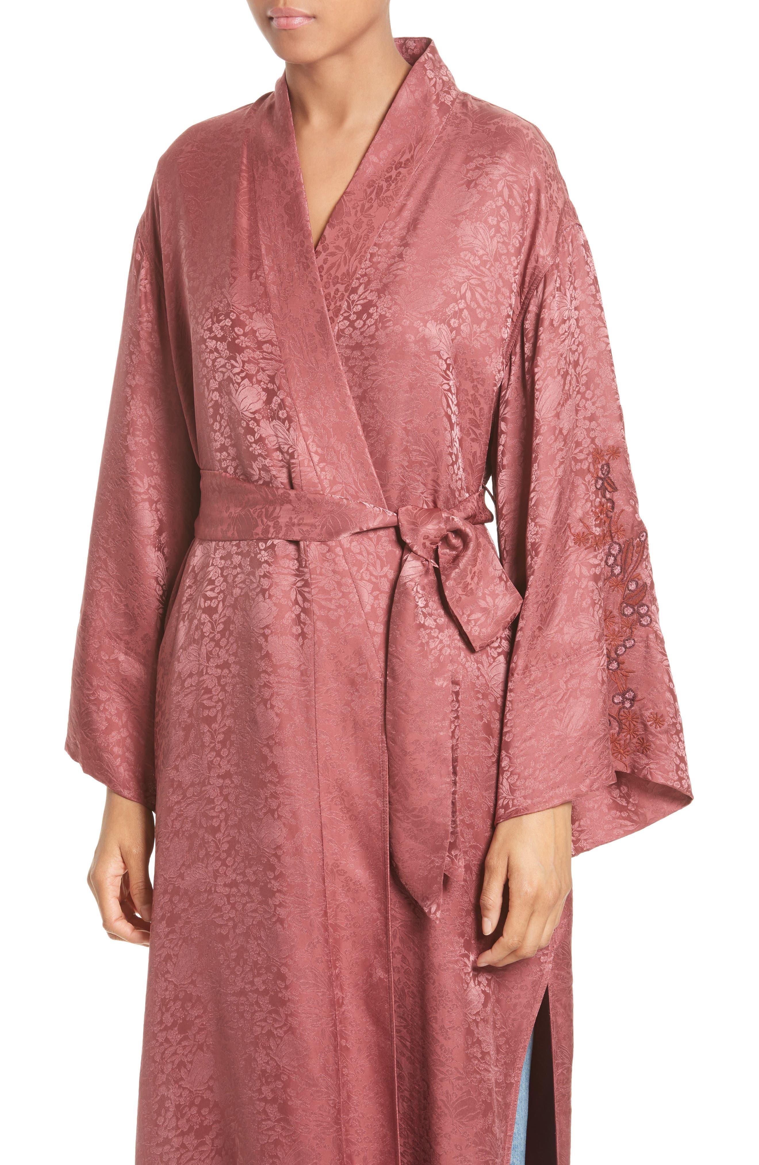 Alternate Image 4  - Elizabeth and James Tracey Jacquard Robe