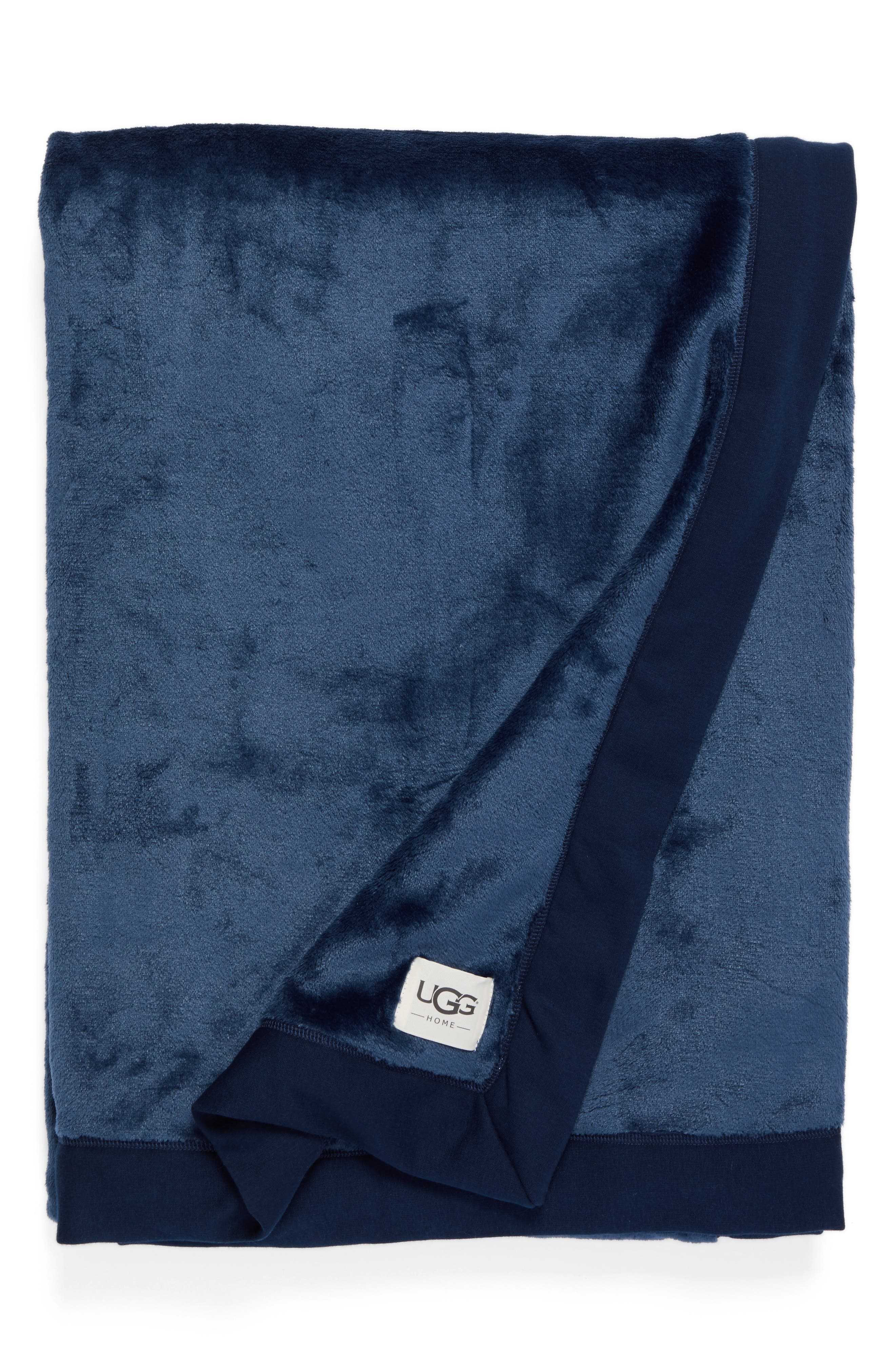 Main Image - UGG® Duffield Throw