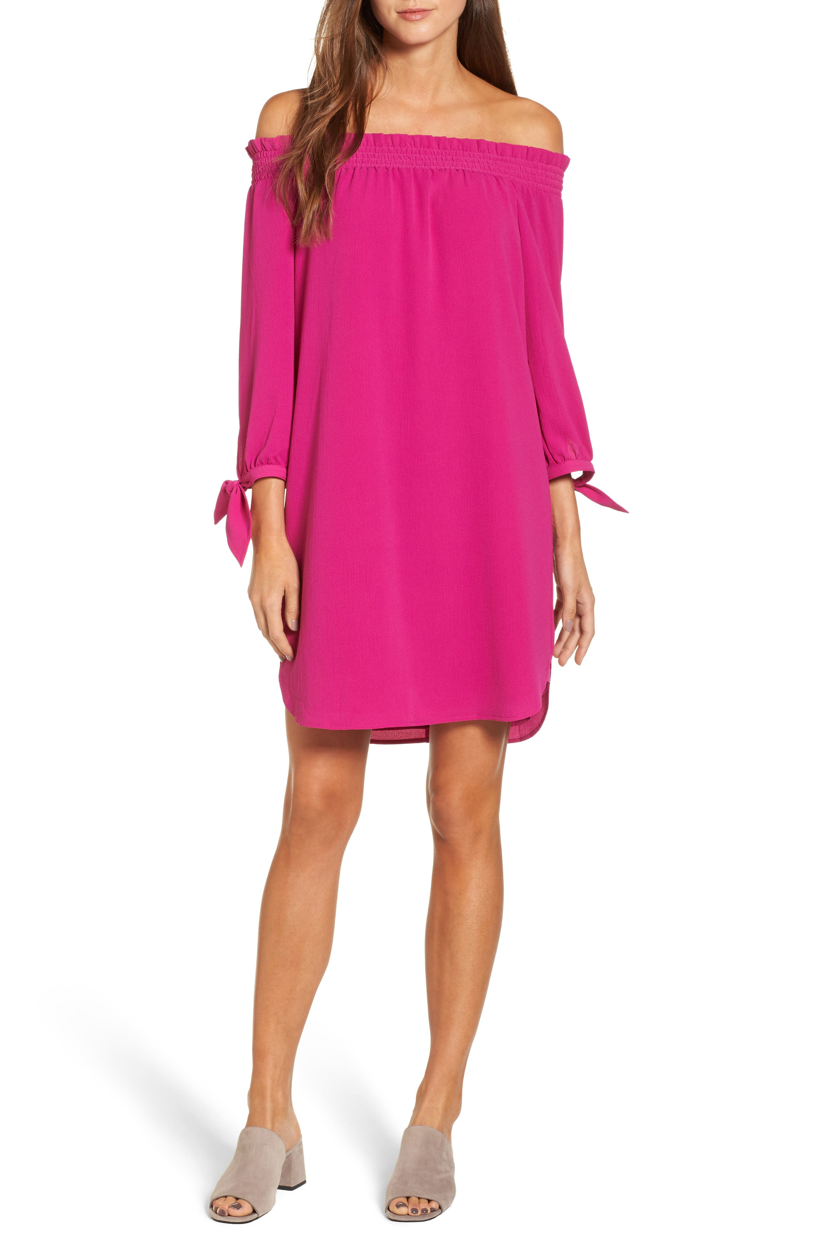 Main Image - Vince Camuto Stretch Crepe Shift Dress (Regular & Petite)
